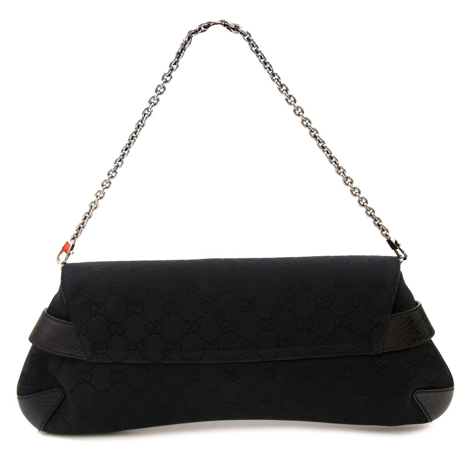 8eccd80a4c0b ... achetez Gucci Black Monogram Horsebit Bag chez labellov pour le  meilleur prix