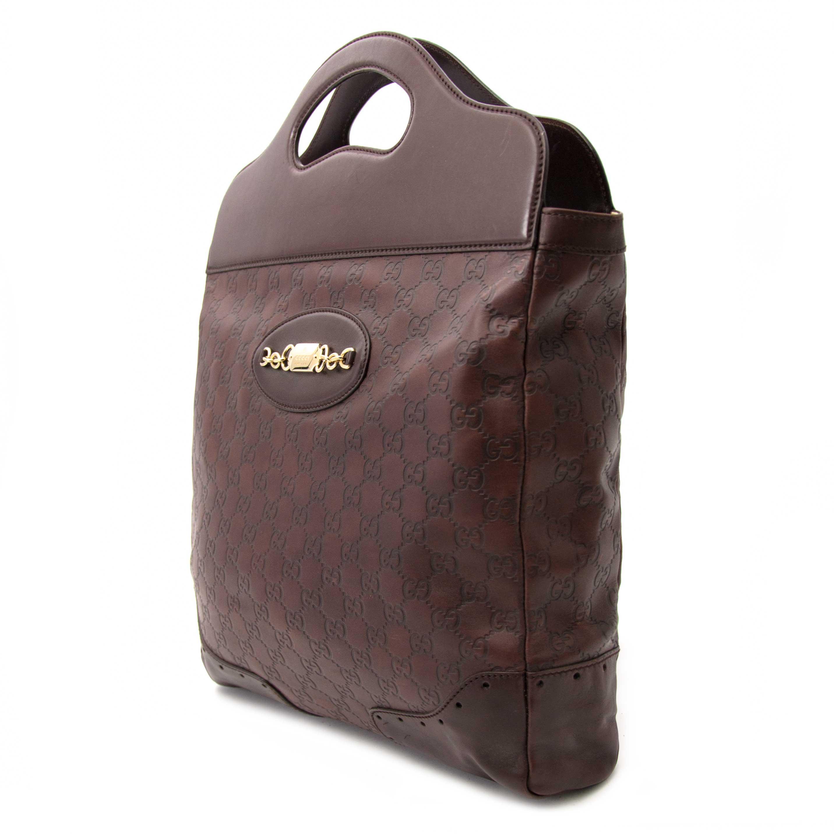 koop nu veilig en aan de beste prijs Gucci Monogram Supreme Bag