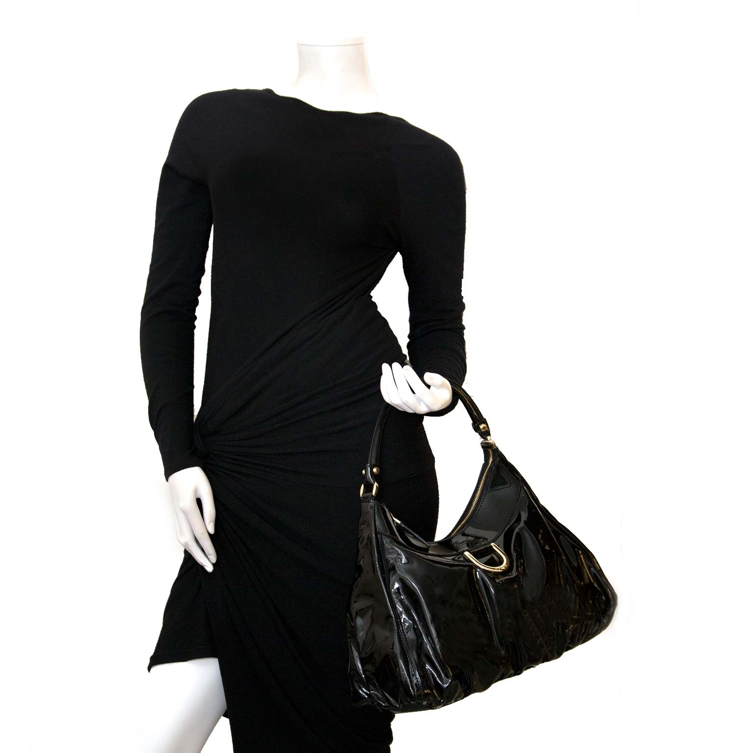 gucci abbey patent black shoulder bag now for sale at labellov vintage fashion webshop belgium