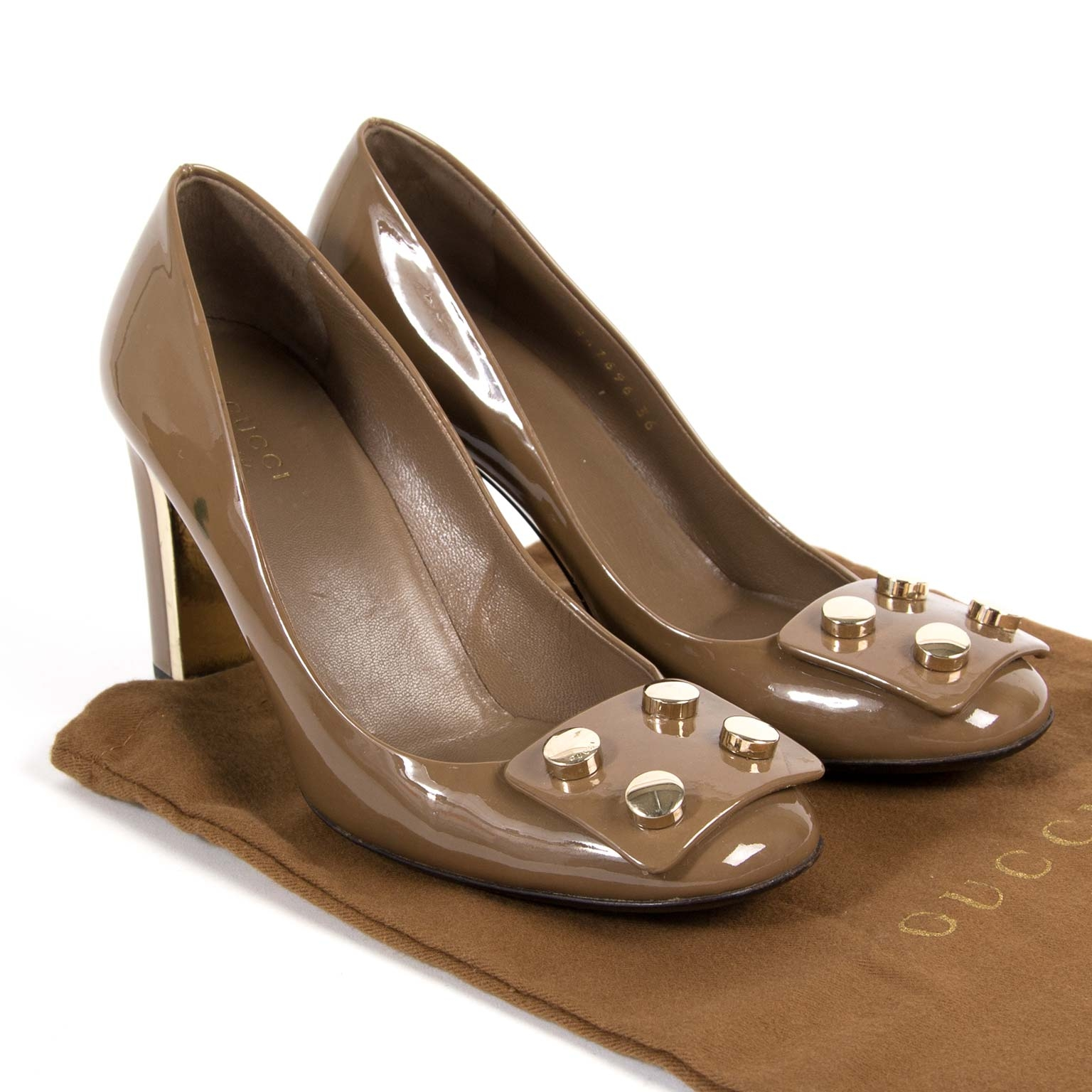 gucci brown patent audrey stud pumps now for sale at labellov vintage fashion webshop belgium