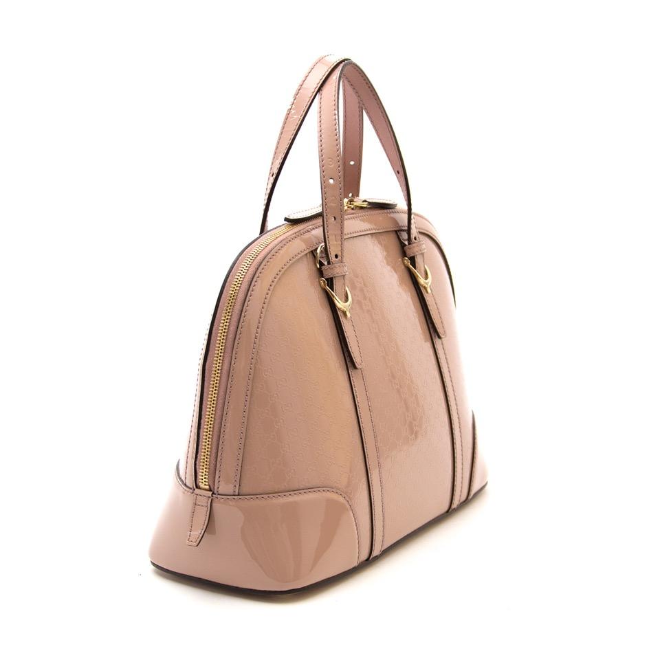Op zoek naar een nieuwe handtas van het Italiaanse Gucci? Koop en verkoop bij Labellov