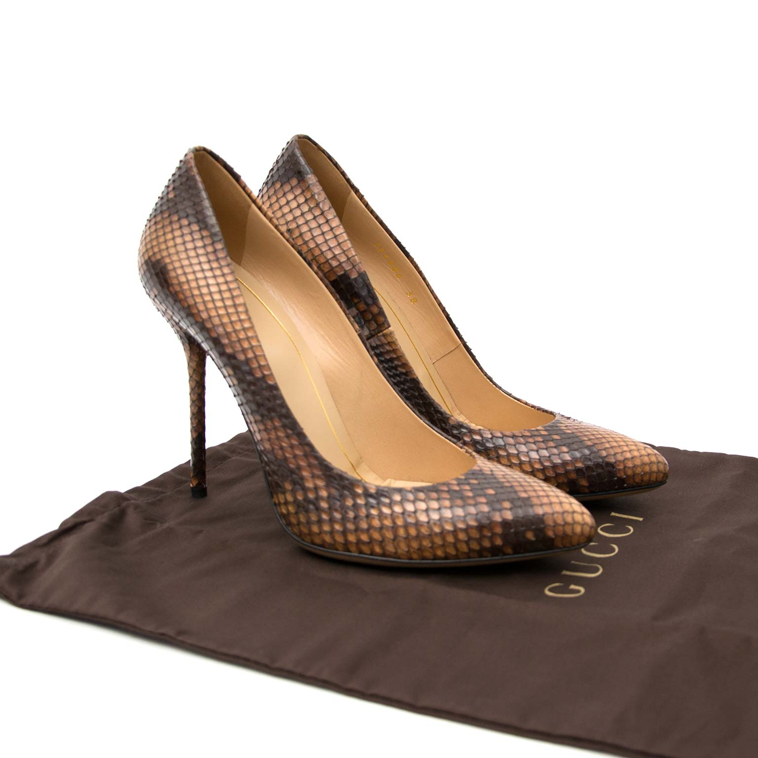 Gucci Python Pumps online at Labellov secondhand luxury