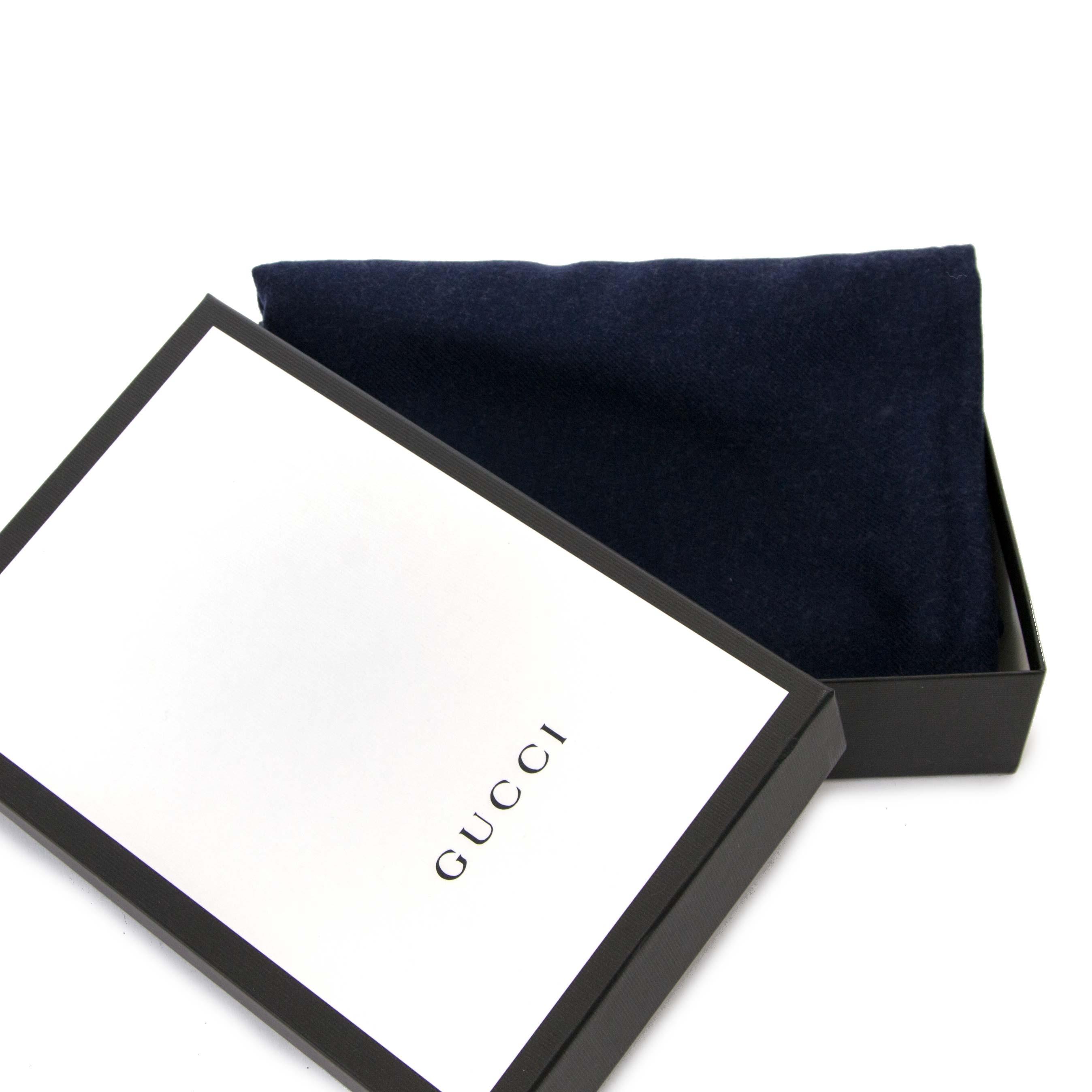 koop veilig online tegen de beste prijs Gucci Wool Bee Scarf