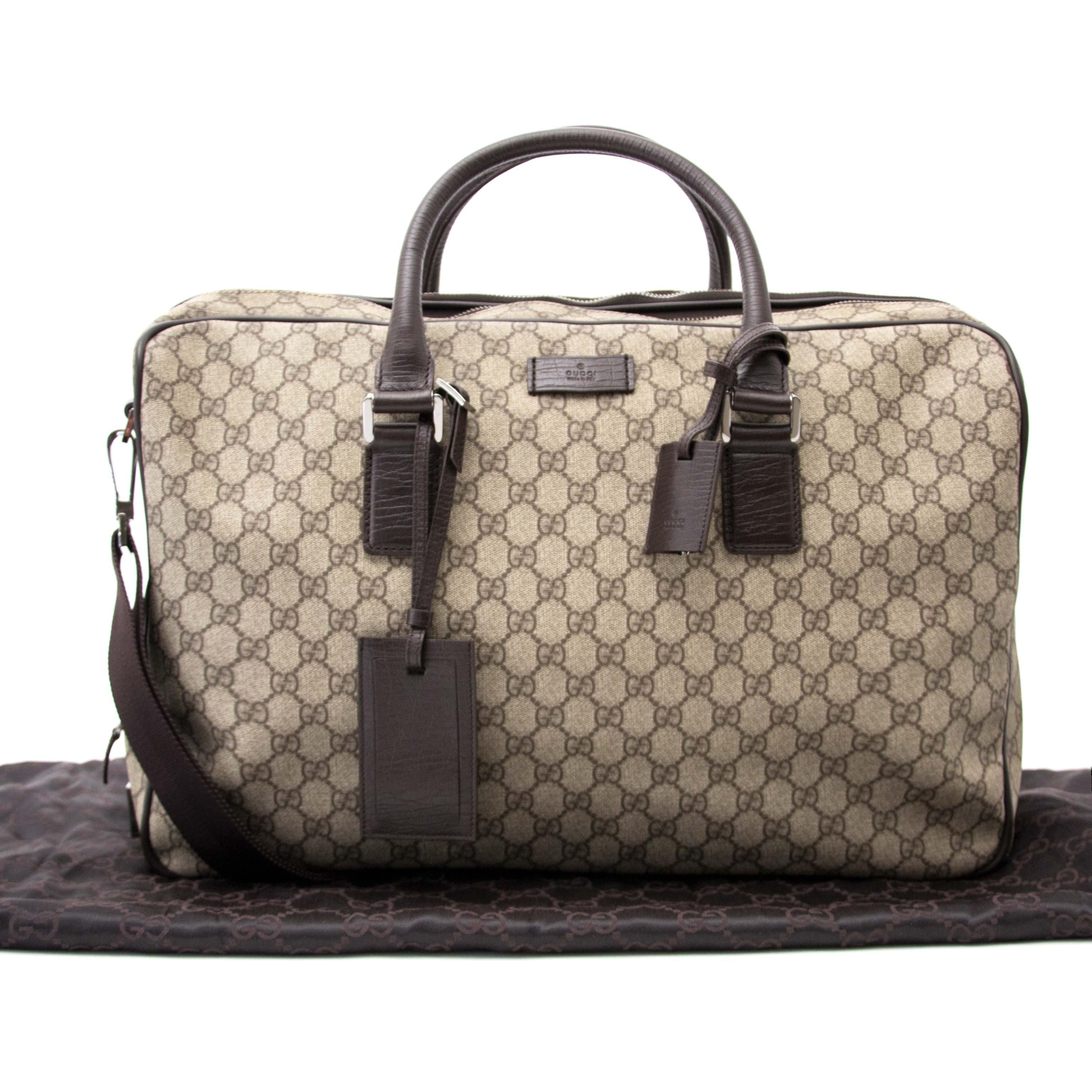 koop en verkoop uw desinger handtassen bij labellov.com tegen de beste prijs