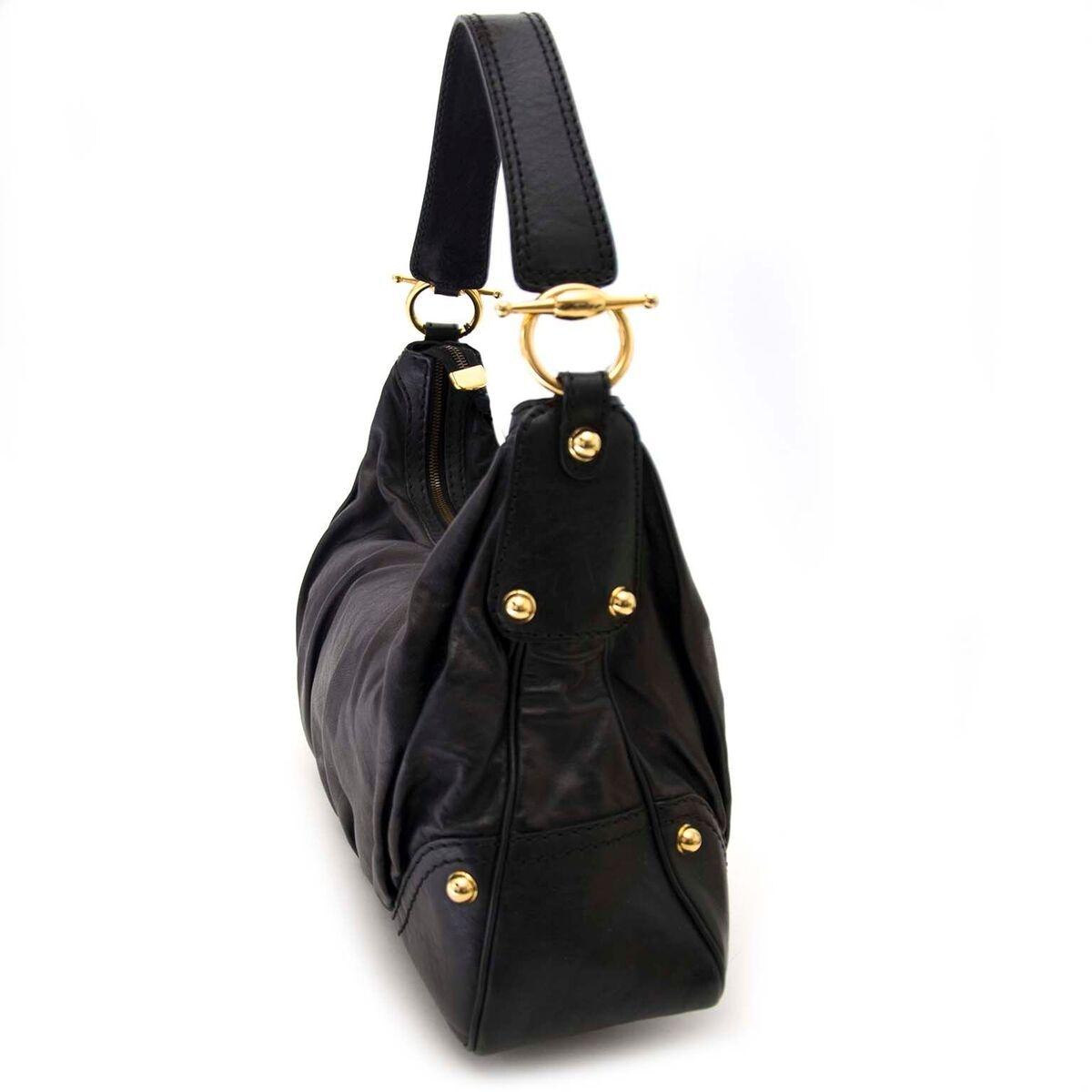 Koop authentieke tweedehands Gucci tas aan een eerlijke prijs bij LabelLOV. Veilig online shoppen.
