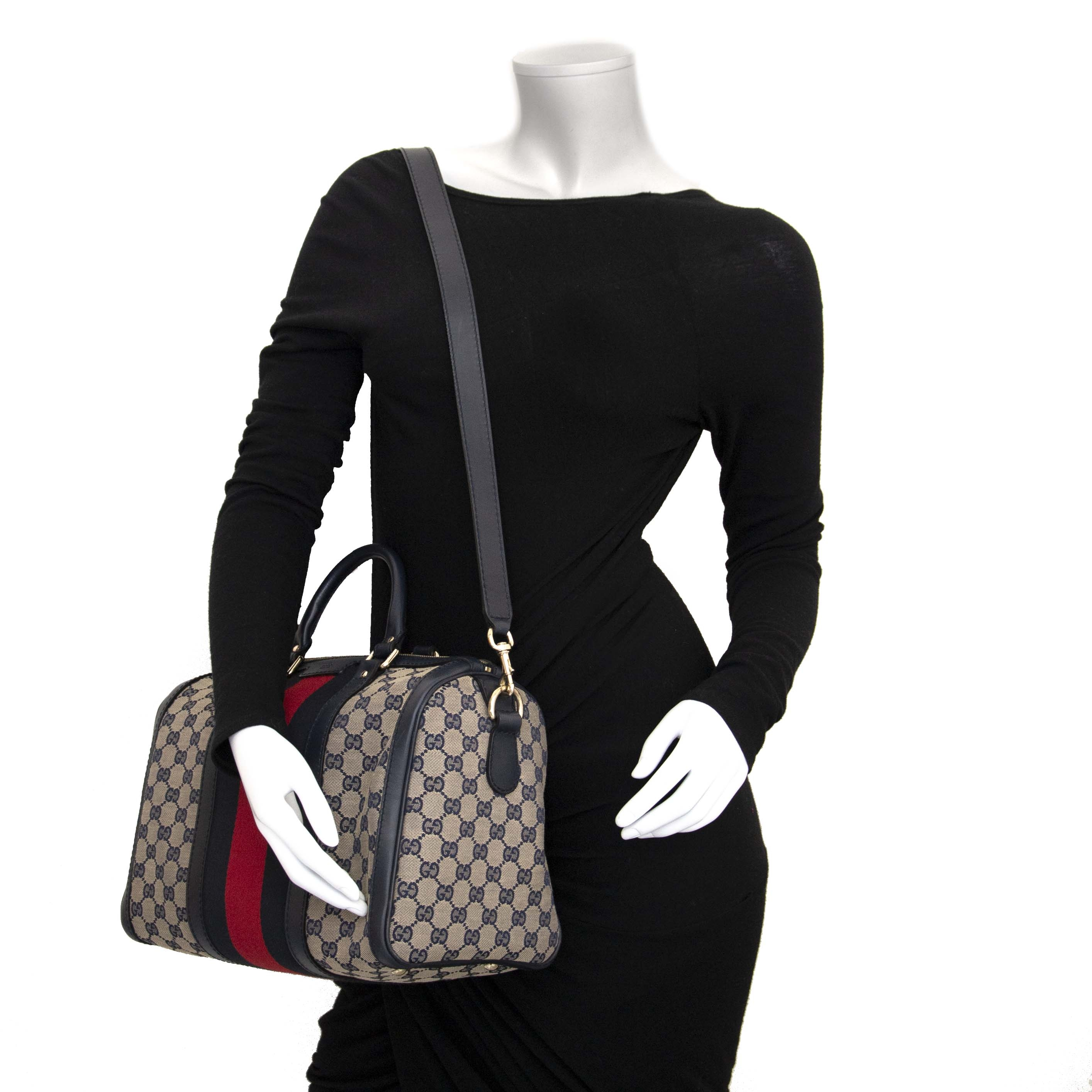 d0f783d73 ... Labellov secondhand luxury We buy and sell your authentic Gucci Vintage  Web Original GG Boston Bag online