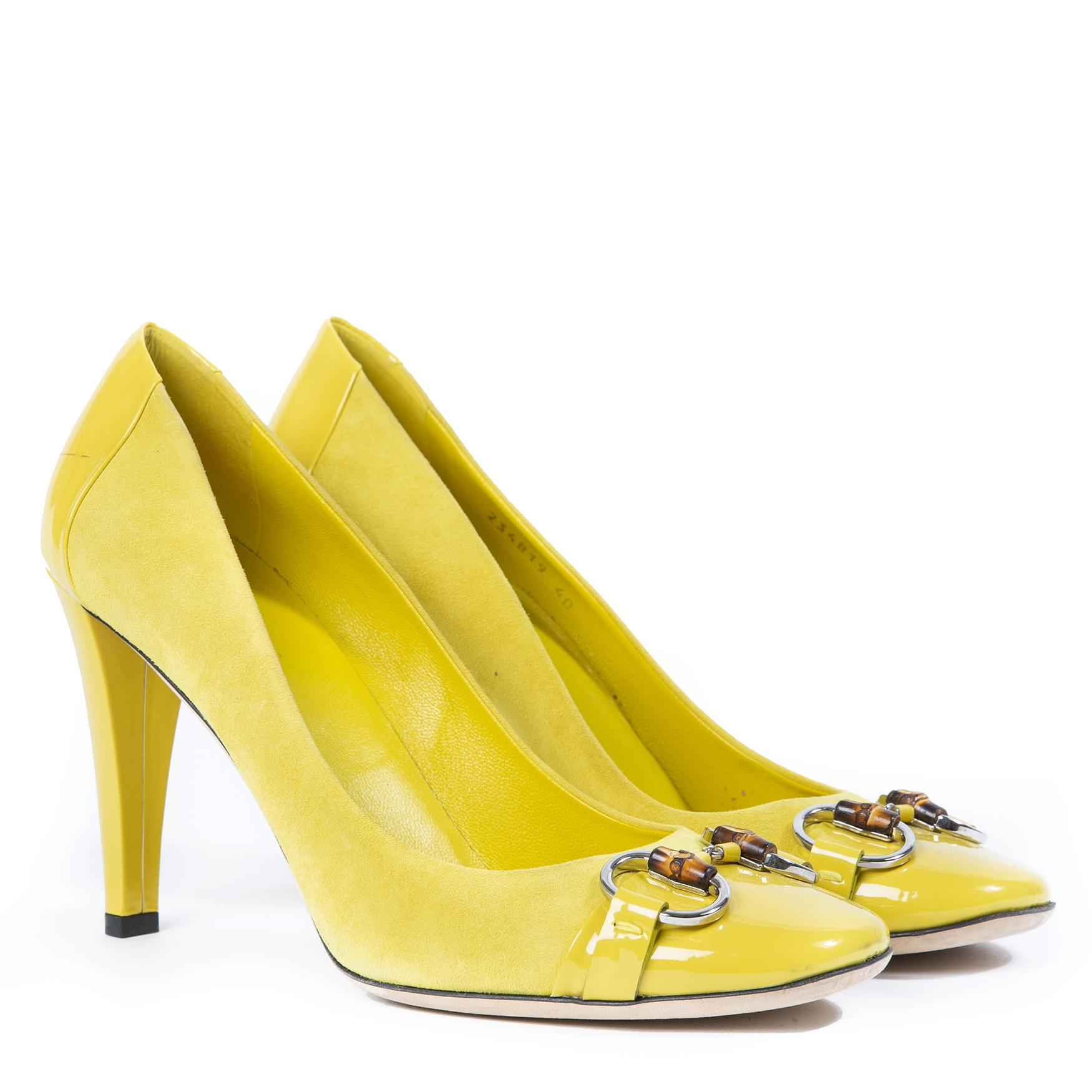 Gucci Yellow Suede Horsebit Pumps - Size 40 now online at labellov vintage fashion webshop belgium