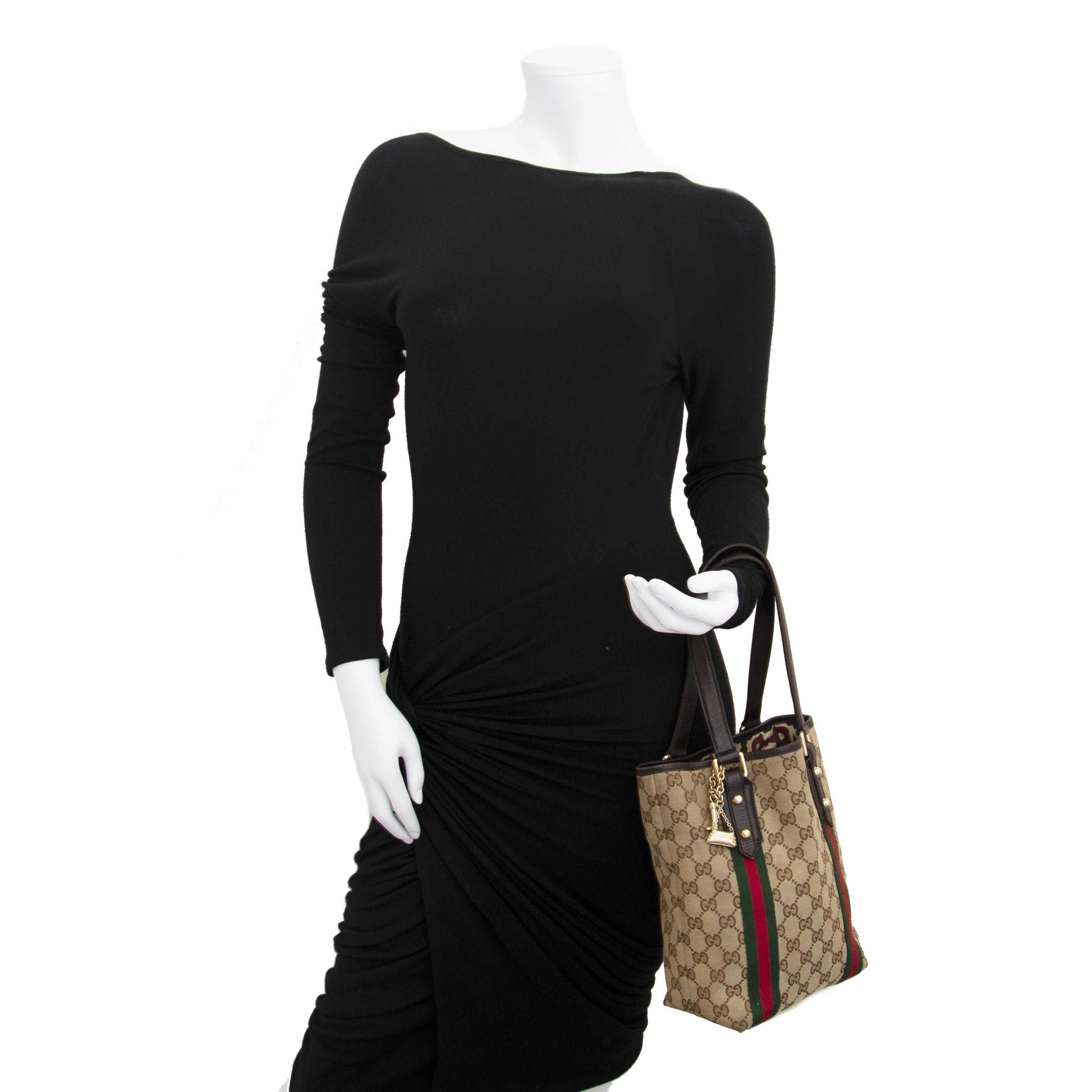 16b24087c62e Labellov Buy online  100% guaranteed authentic vintage Gucci ...