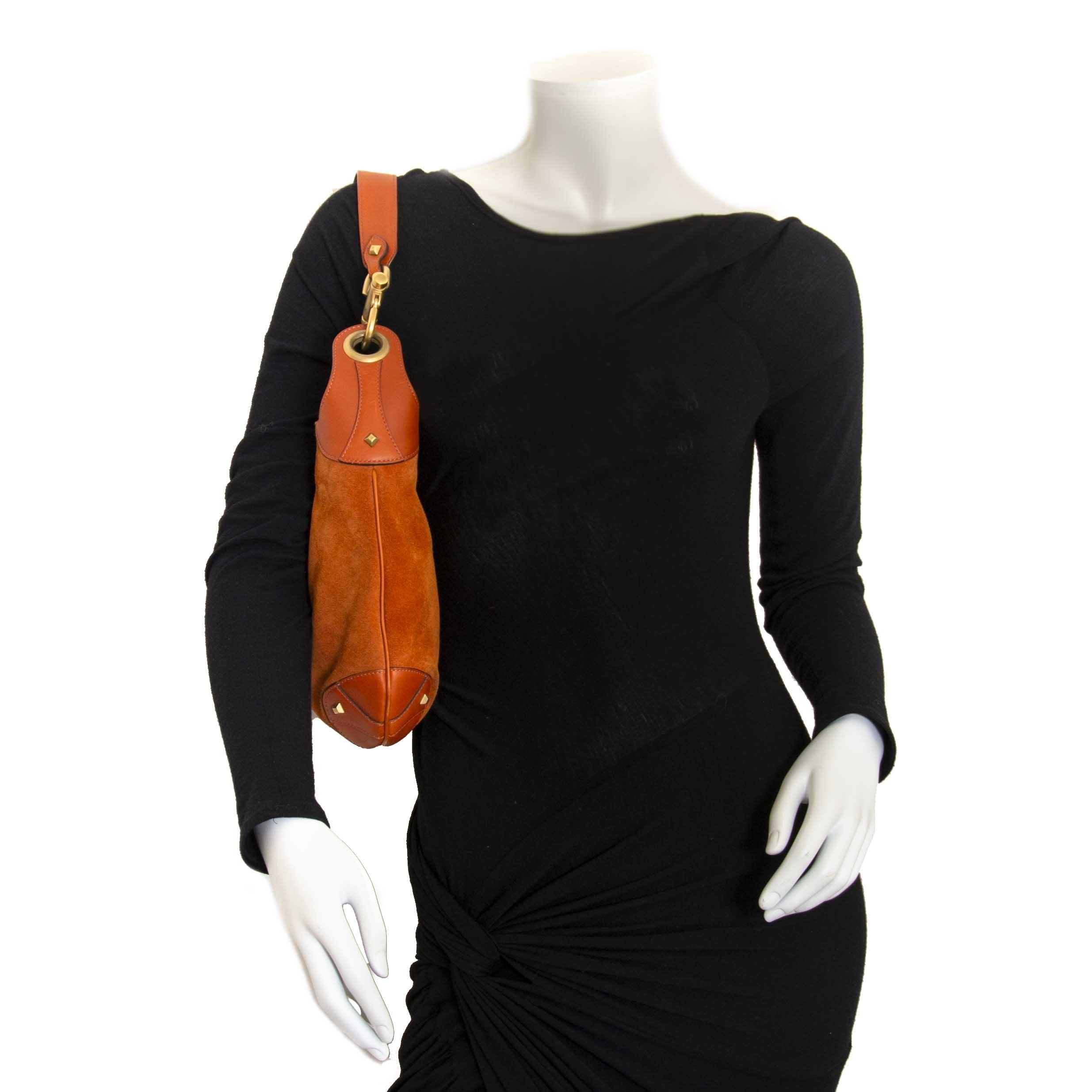 Gucci Orange Suede Jackie Bag now for sale at labellov vintage fashion webshop belgium