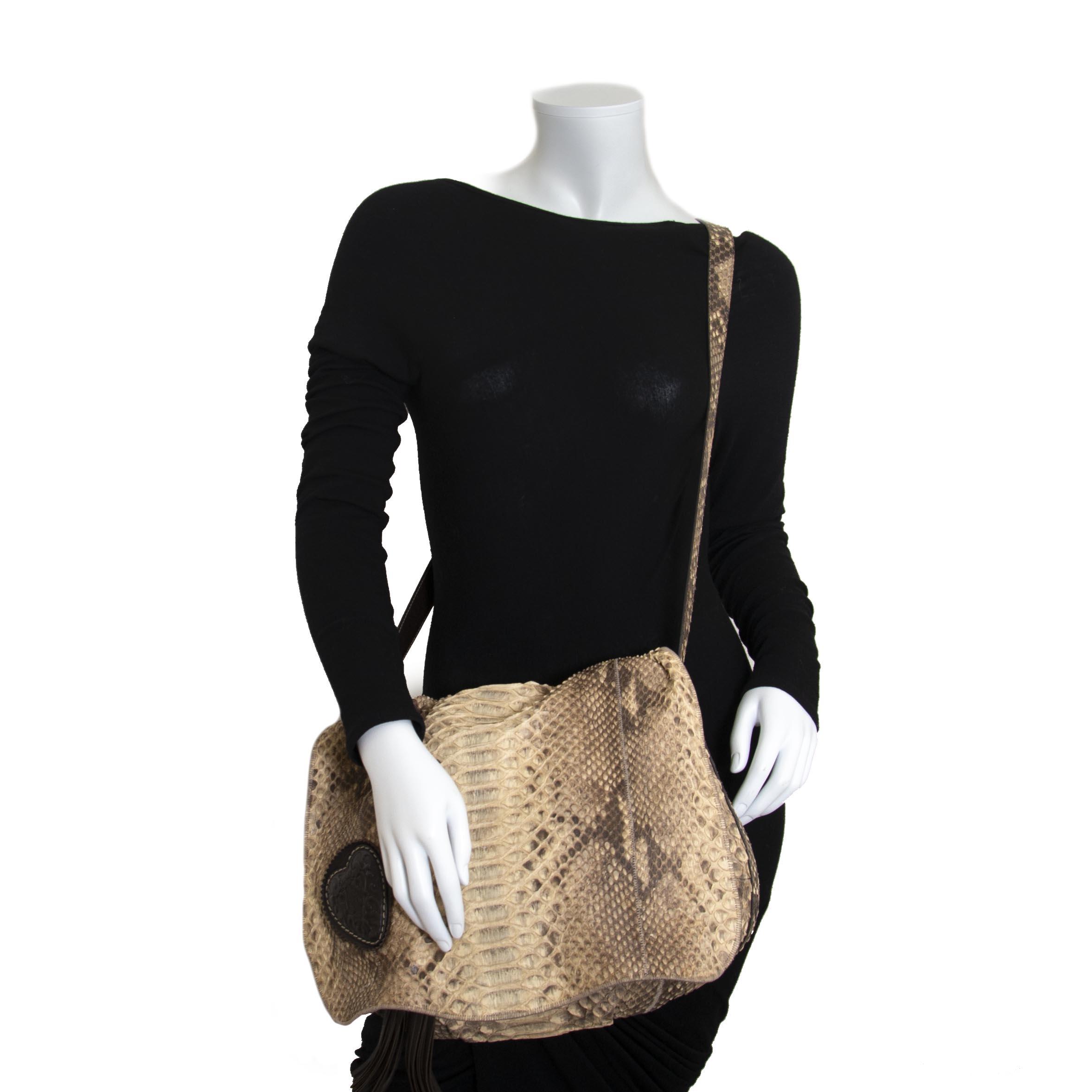 Gucci Python Messenger Bag now for sale at labellov vintage fashion webshop belgium
