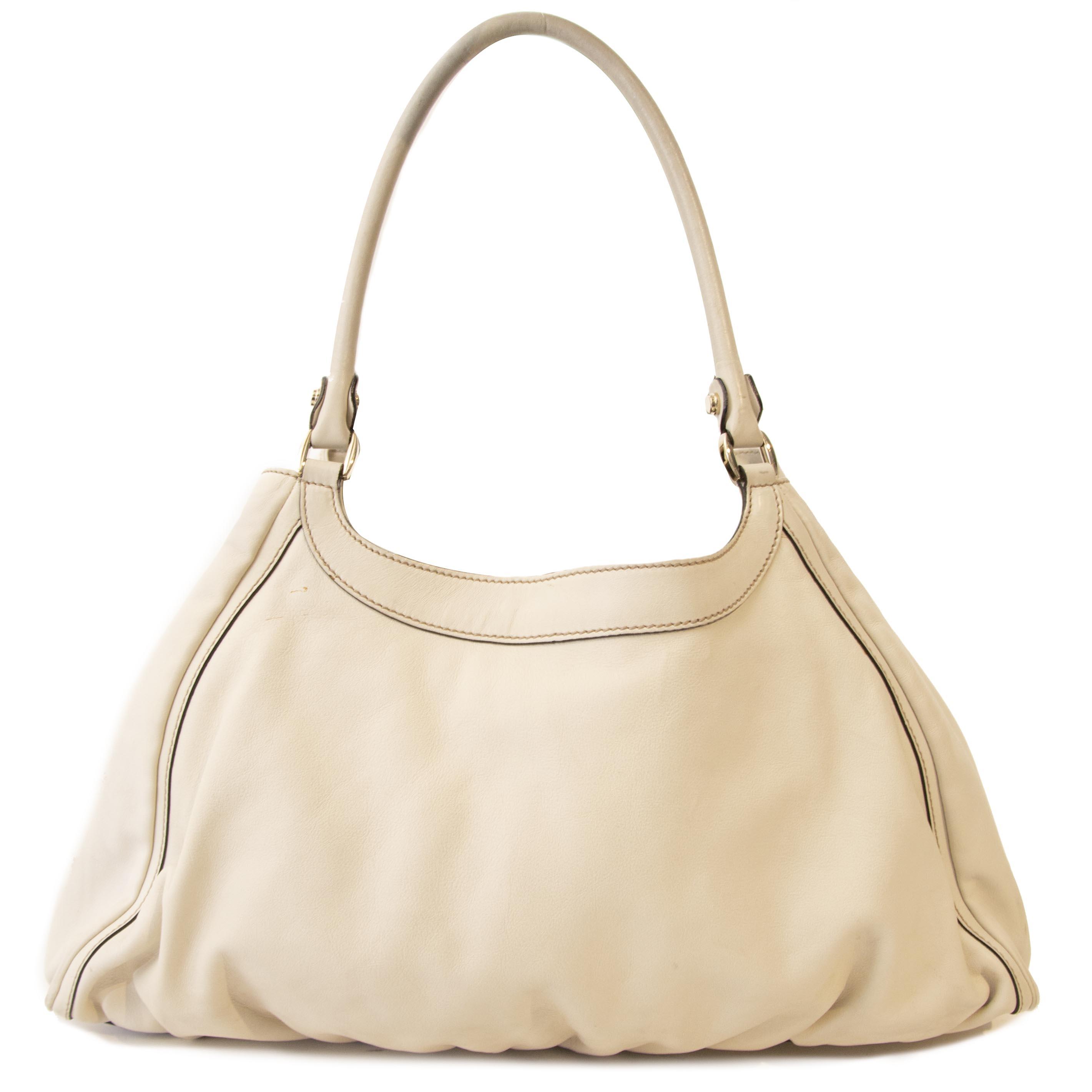 Koop een authentieke Gucci tas aan de juiste prijs bij LabelLOV vintage webshop.