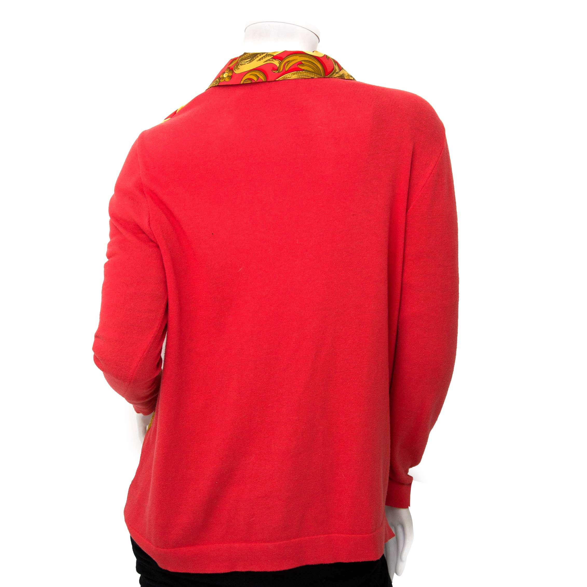 Achetez secur en ligne Hermès Red Printed Silk and Cashmere Top