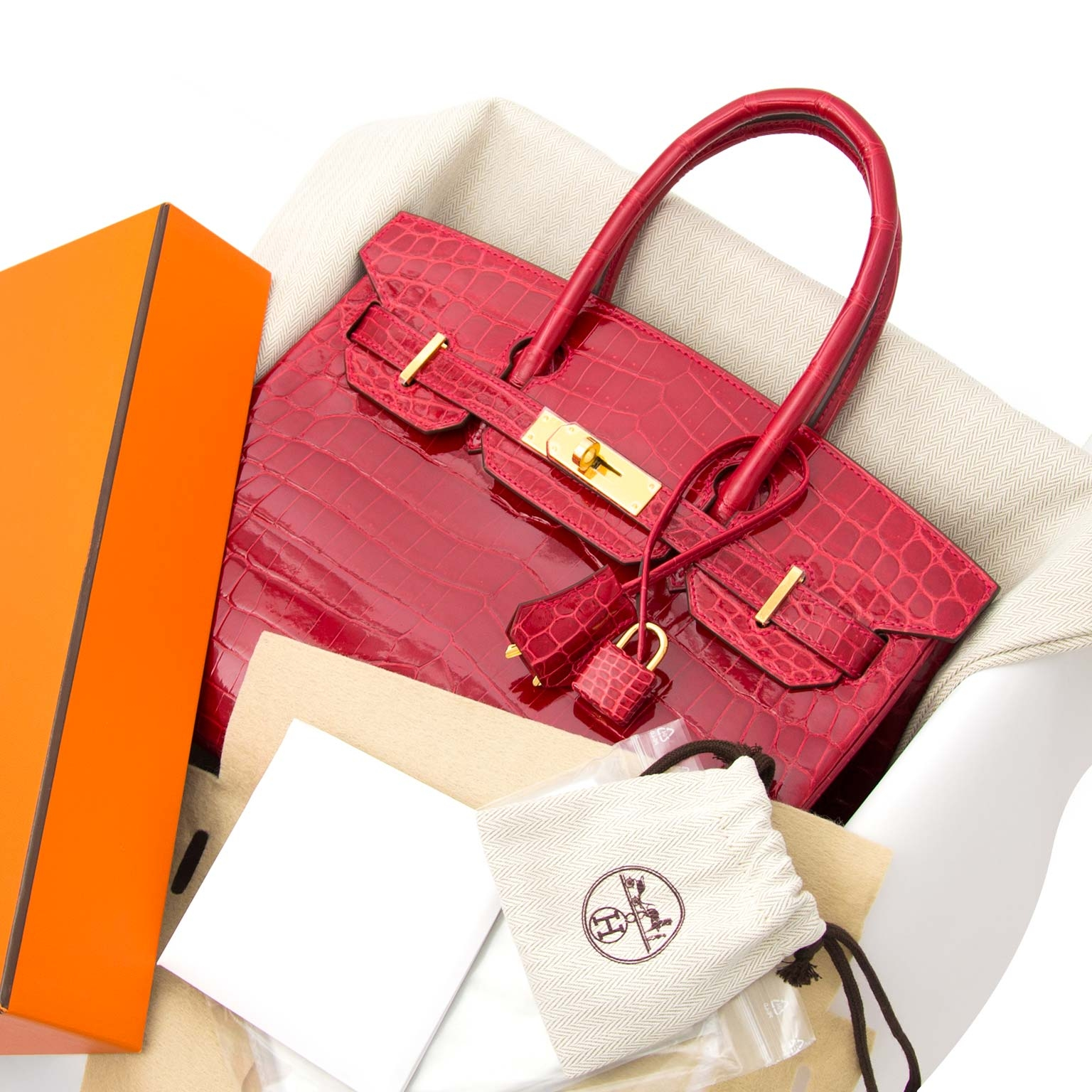 looking for a Hermès Birkin 30 Crocodile Niloticus Braise GHW Bag? skip the waitinglist and buy your birkin right now on labellov.com