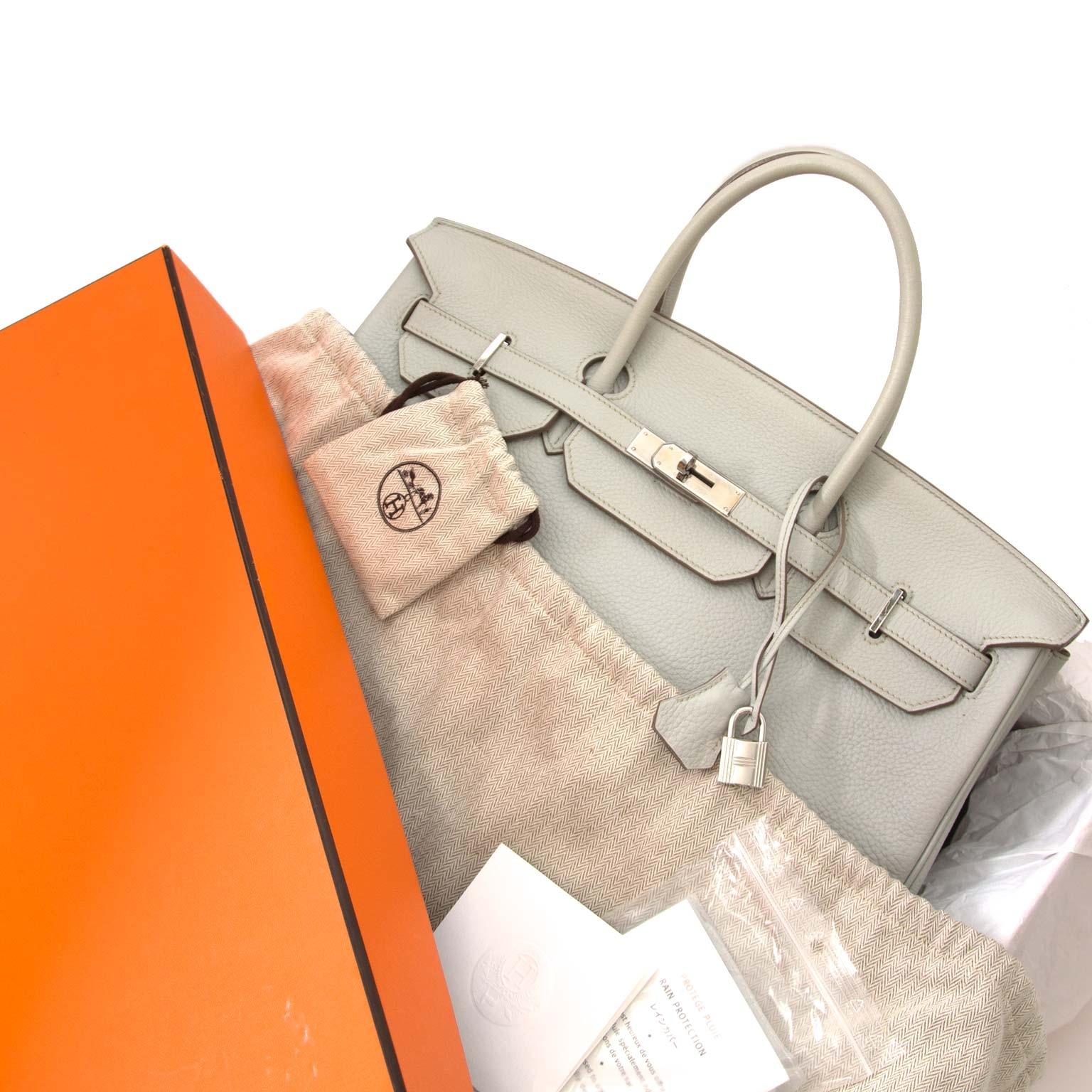 acheter en ligne chez labellov.com Hermès Birkin 40cm Gris Perle Clemence Taurillon PHW