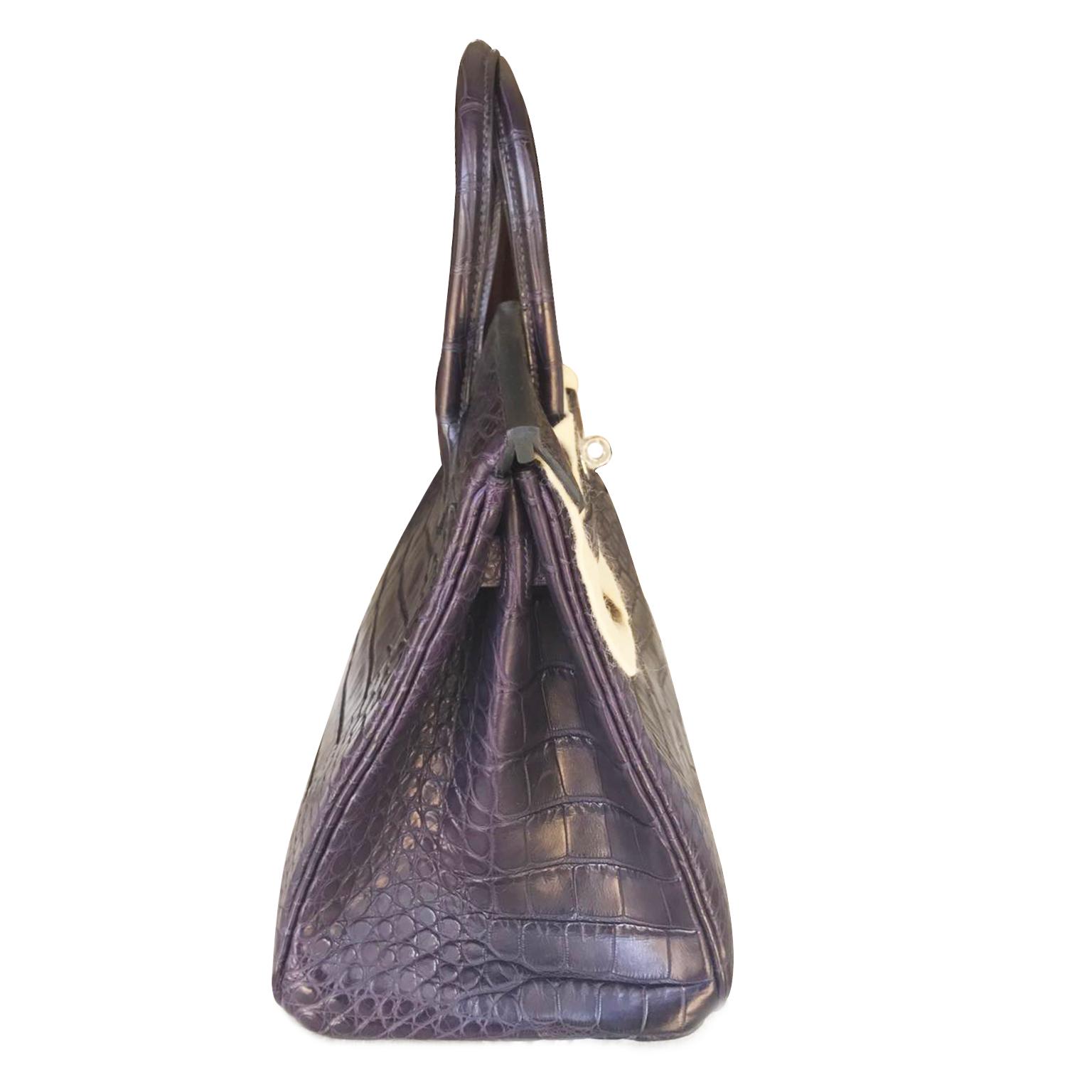 Buy safe and secure online at labellov.com Hermès Alligator Matt Prunoir PHW
