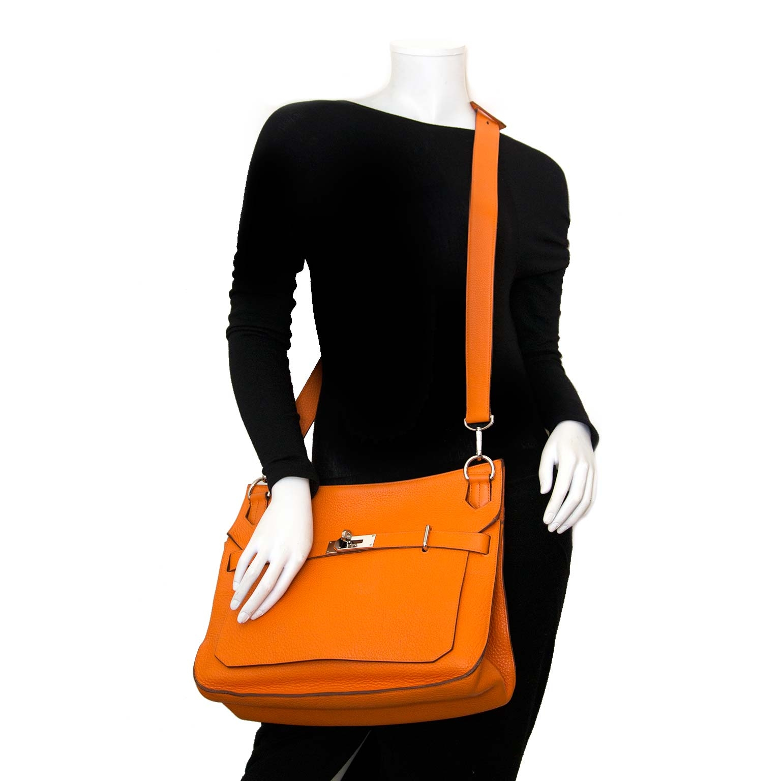 acheter en ligne chez labellov.com pour le meilleur prix Hermès Jypsiere Orange PHW