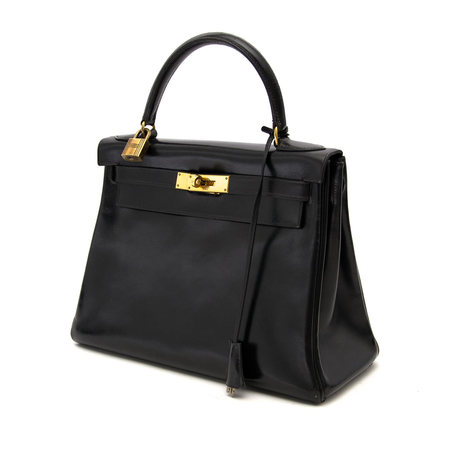 Buy safe and secure online at labellov.com for the best price Hermes kelly 28 black boxcalf