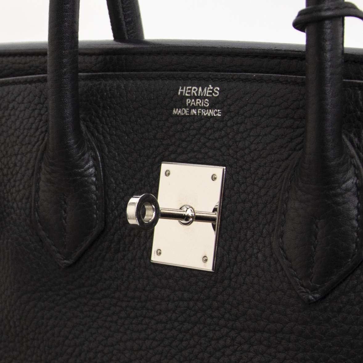 looking for a Hermès Birkin 35 Black Clemence Taurillon PHW? Right now for sale at labellov.com