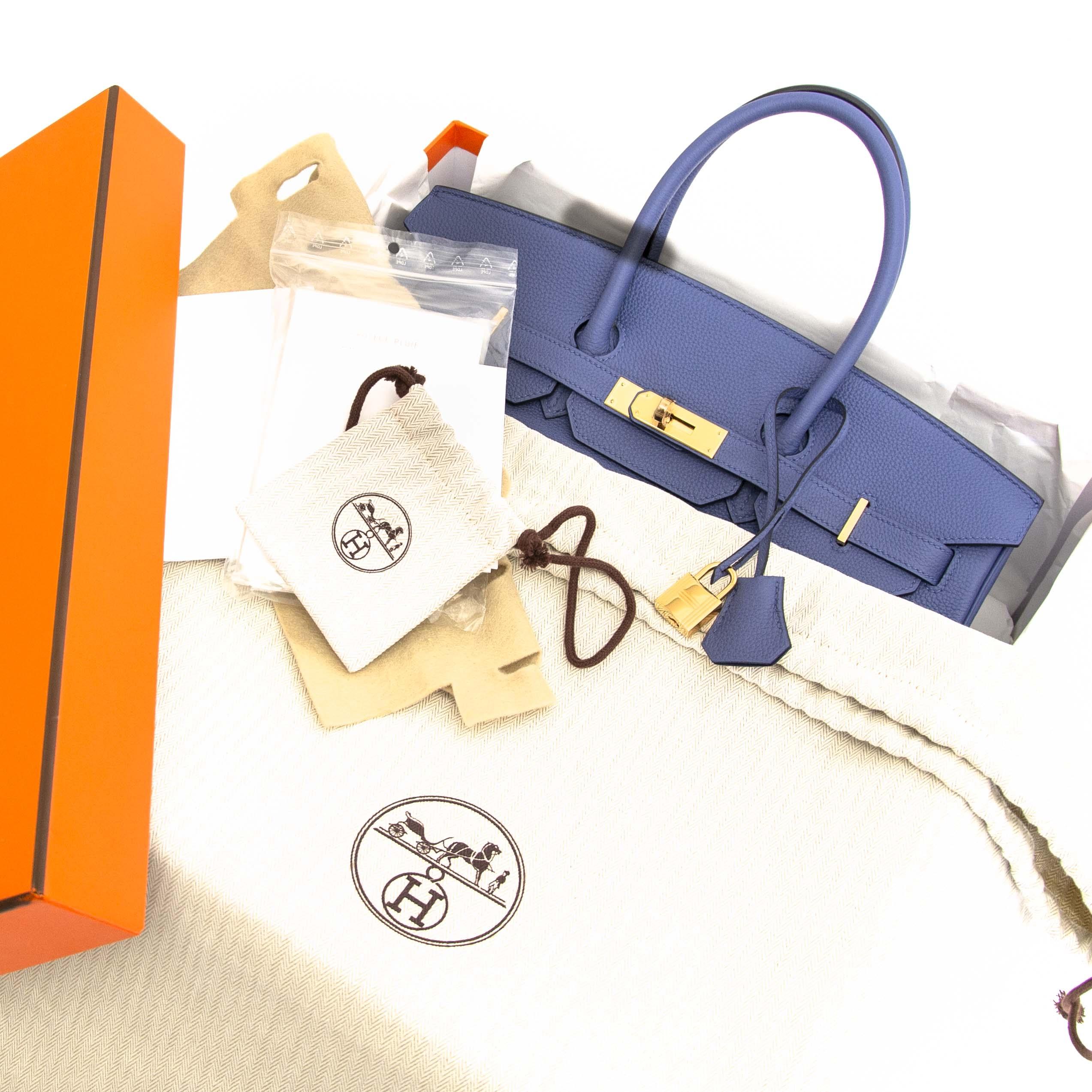 koop zonder wachtlijst uw Hermès Birkin 35 Togo Bleu Brighton GHW nu bij Labellov.com.