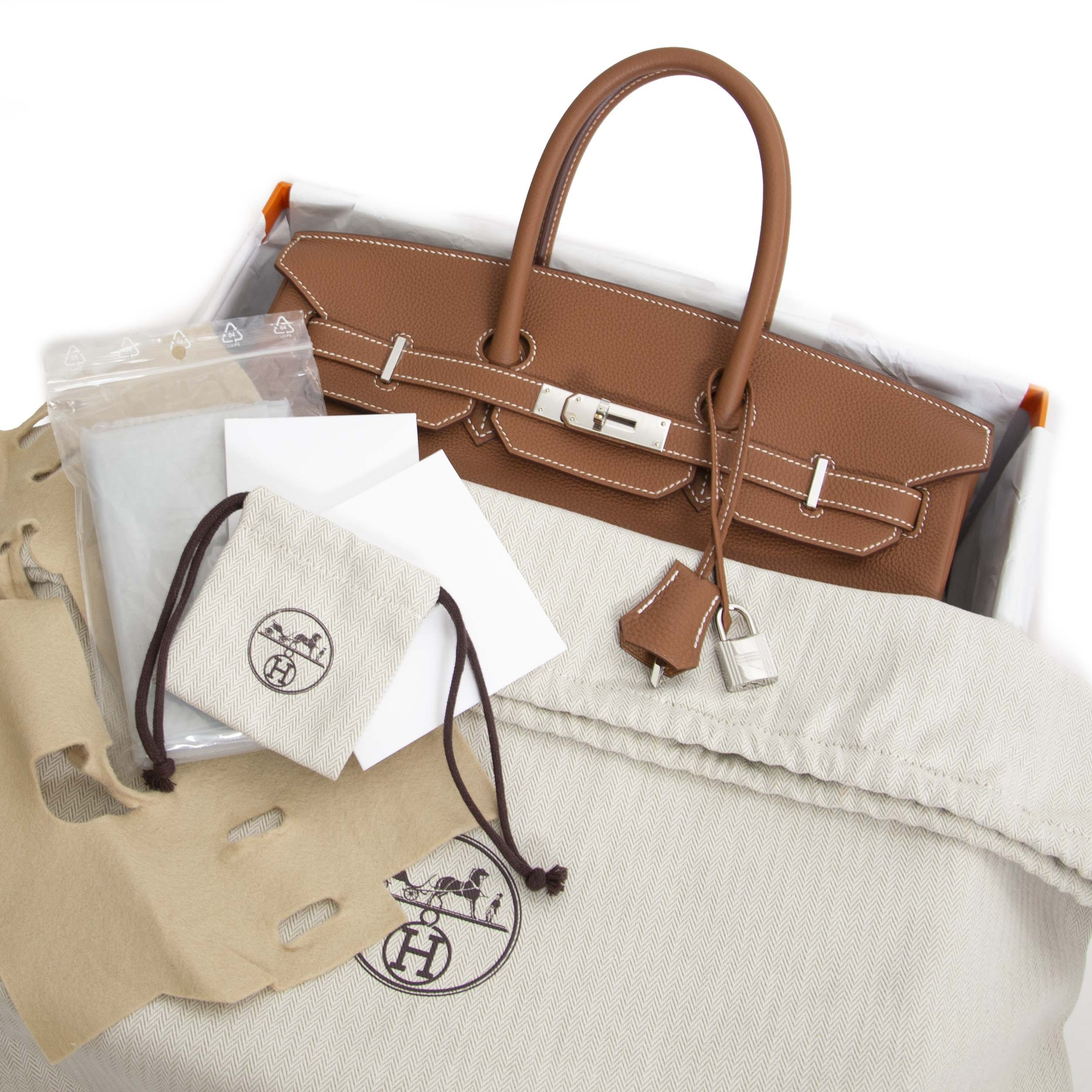 56c739b4984 ... Buy 100% authentic Hermès Birkin 35 Gold Togo PHW for the best price at  Labellov