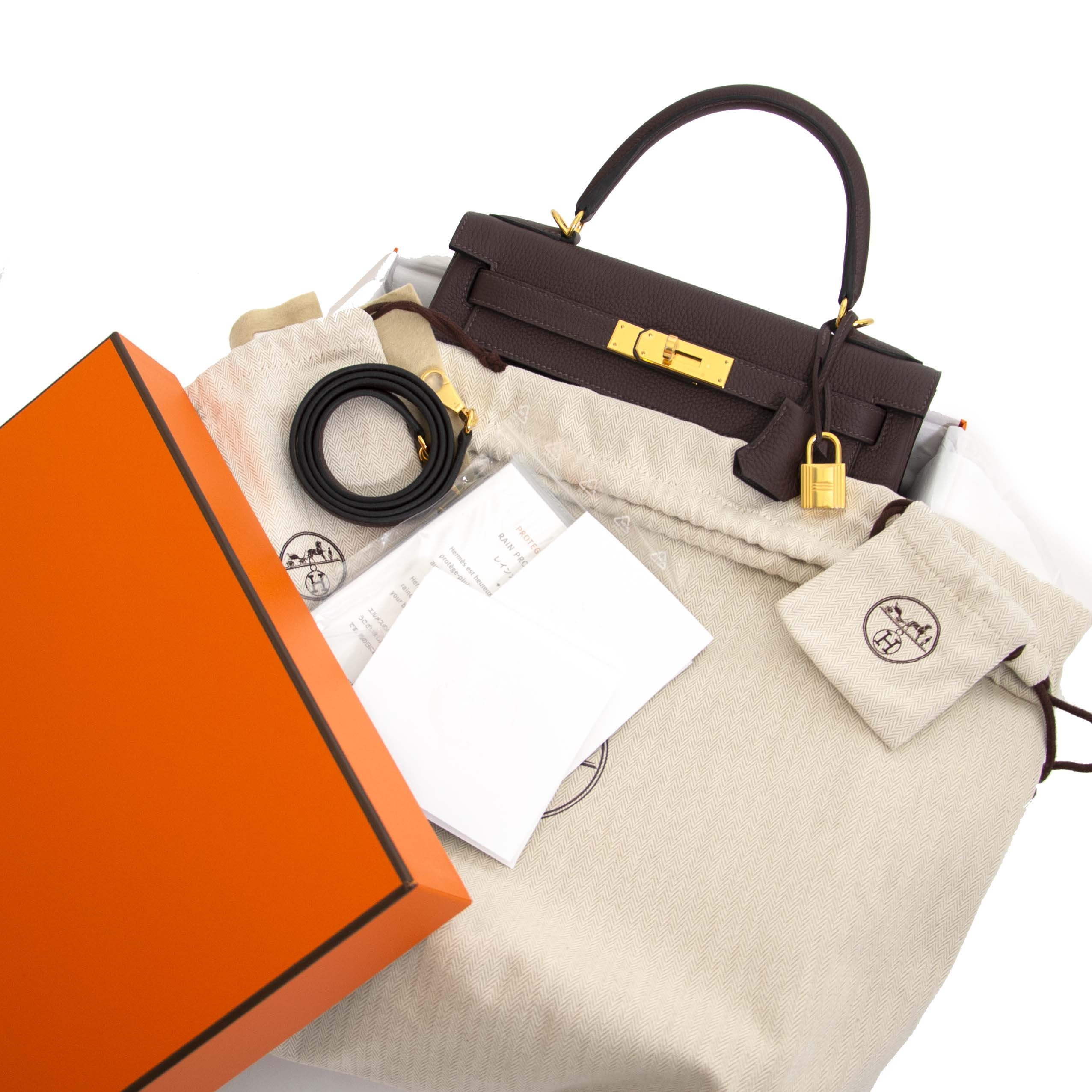Hermès Kelly Retourne 28 Togo Chocolat GHW for the best price at Labellov secondhand luxury