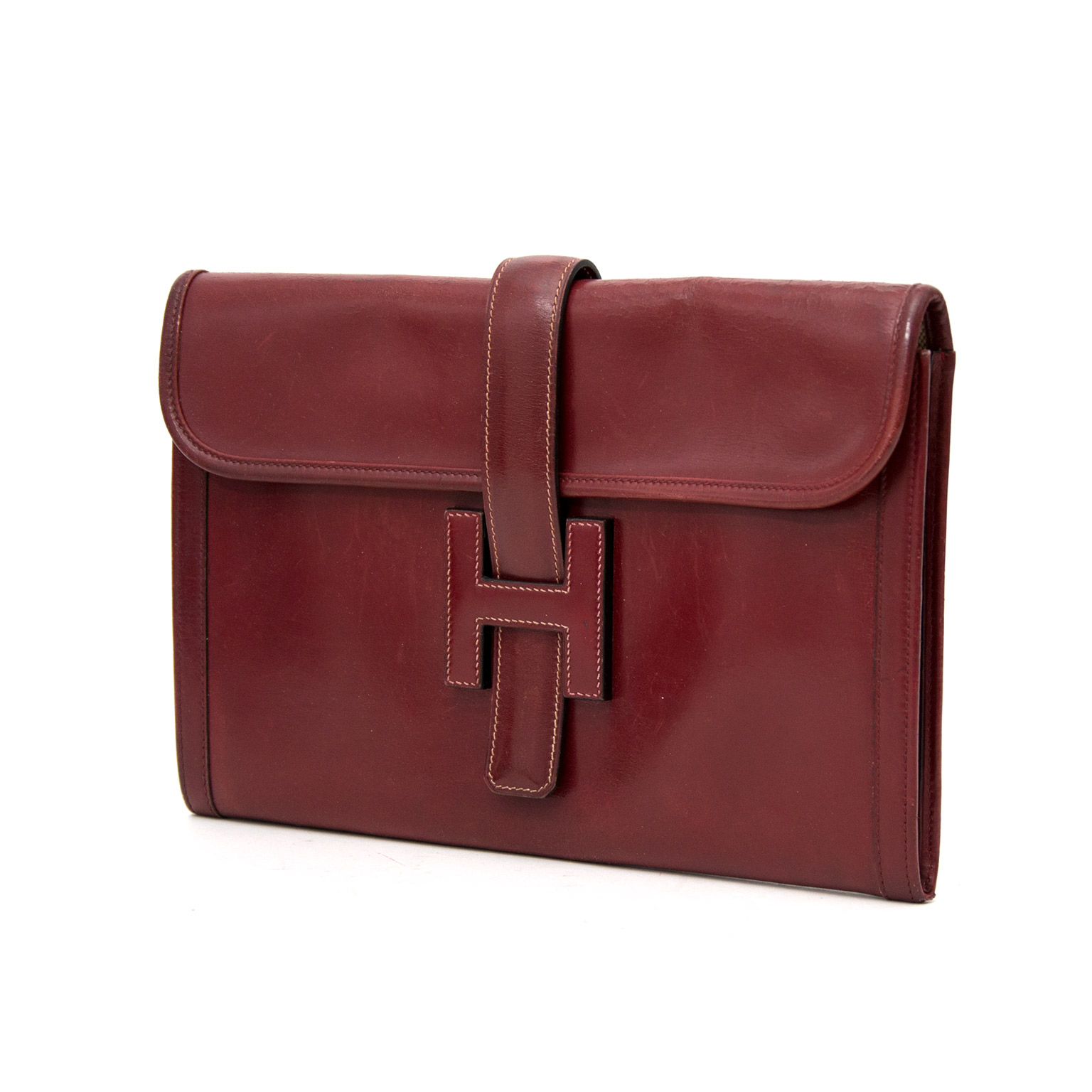 Hermes Bordeaux Jige clutch for the best price available online at Labellov
