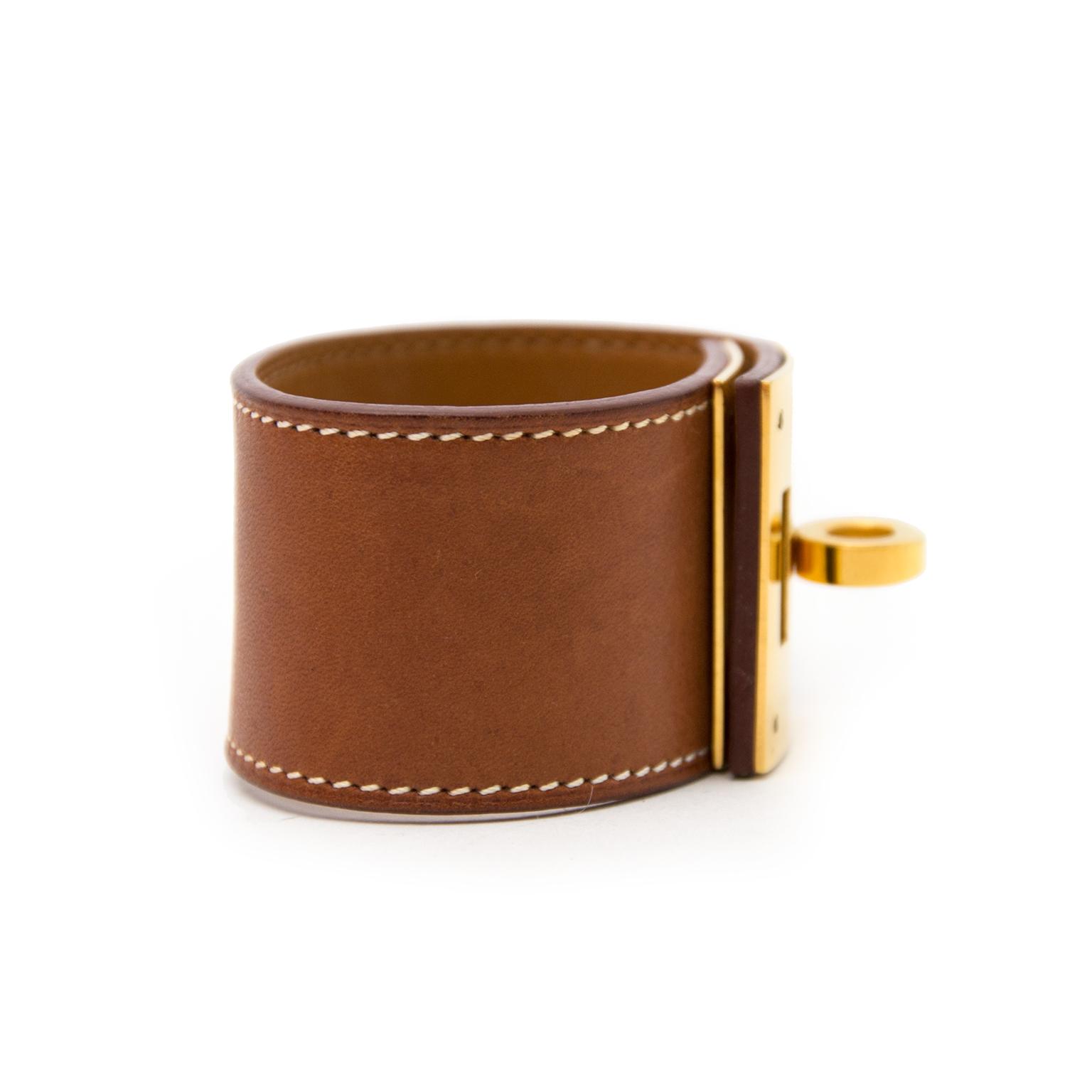 Nu verkrijgbaar op www.labellov.com echte Hermès armband aan de beste prijs.
