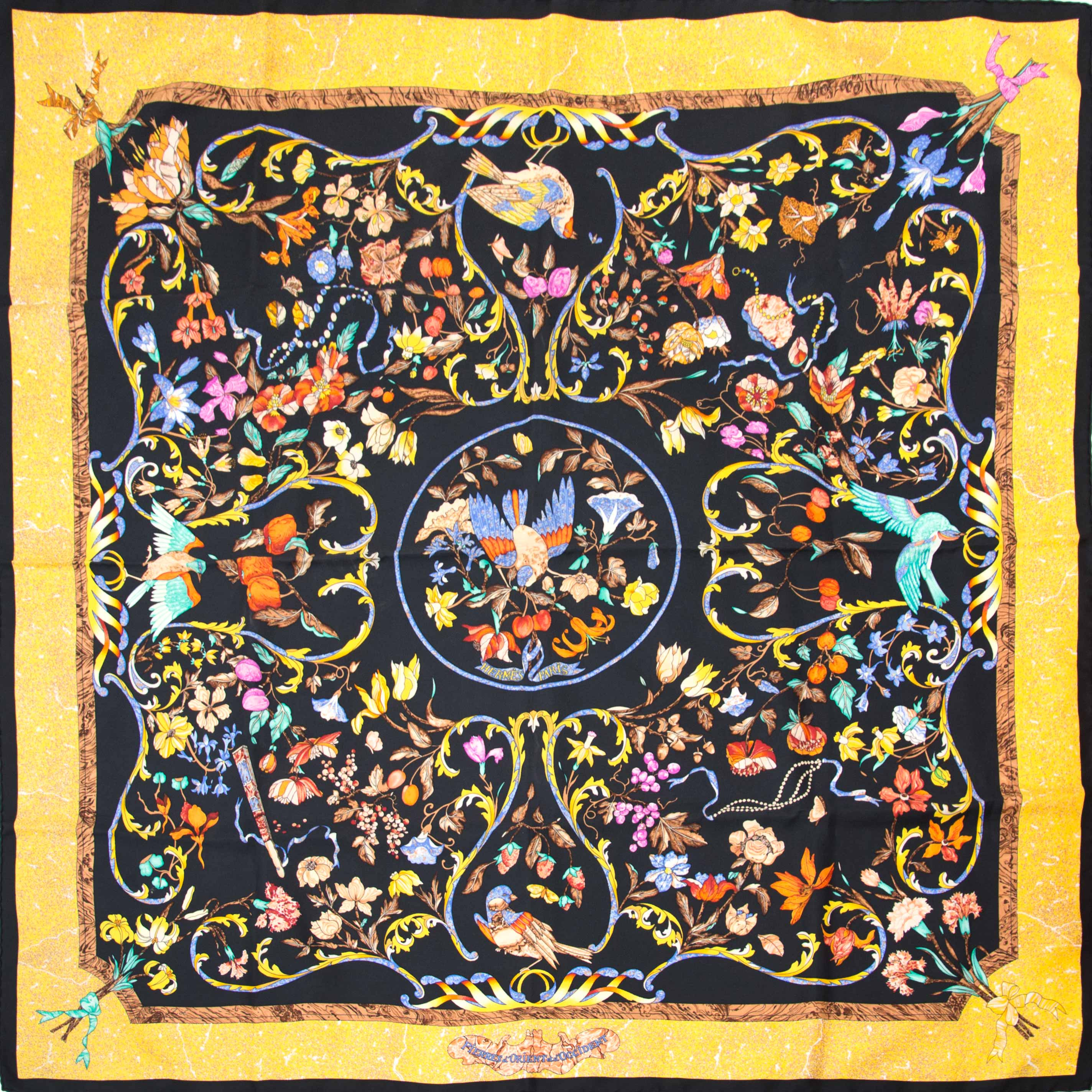 Koop nu jouw tweedehands Hermès Silk Scarf Carré Pierres d'Orient et d'Occident online op labellov.com