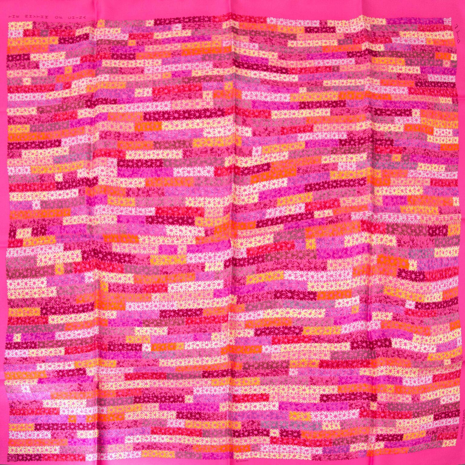 Prachtige zijden sjaal van Hermès