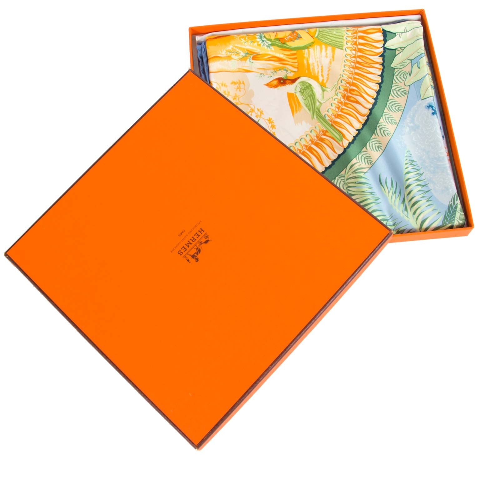 hermes carre aloha scarf at labellov vintage fashion webshop belgium