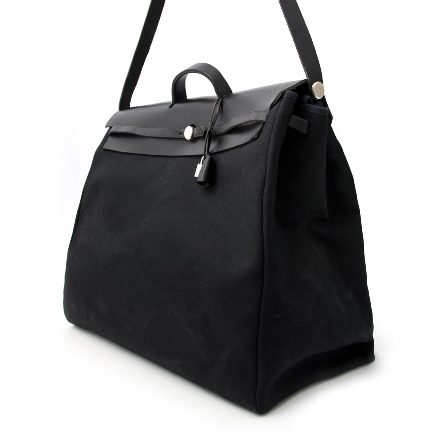 Achetez sans risque un seconde main Hermès herbag on www.labellov.com au meilleur prix