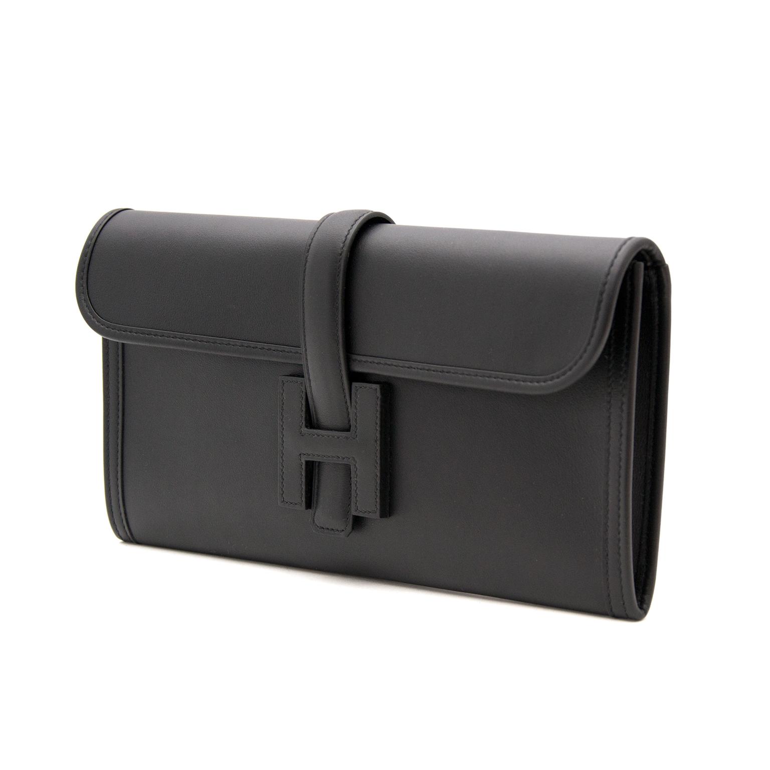 Buy safe and secure online at labellov.com. Find your designer handbag for the best price at labellov.com Hermes Jige Clutch Elan