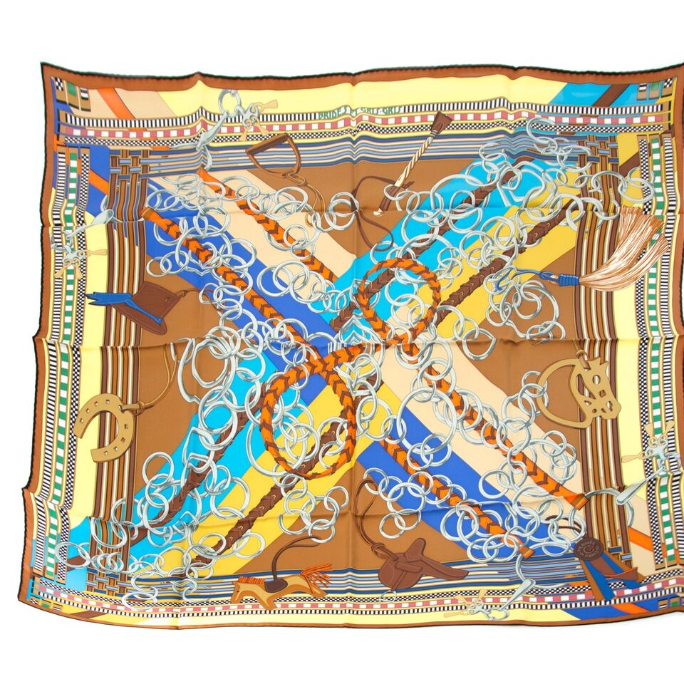 Buy your authentic hermes scarf for less at Labellov, vintage webshop. Safe and secure shopping.