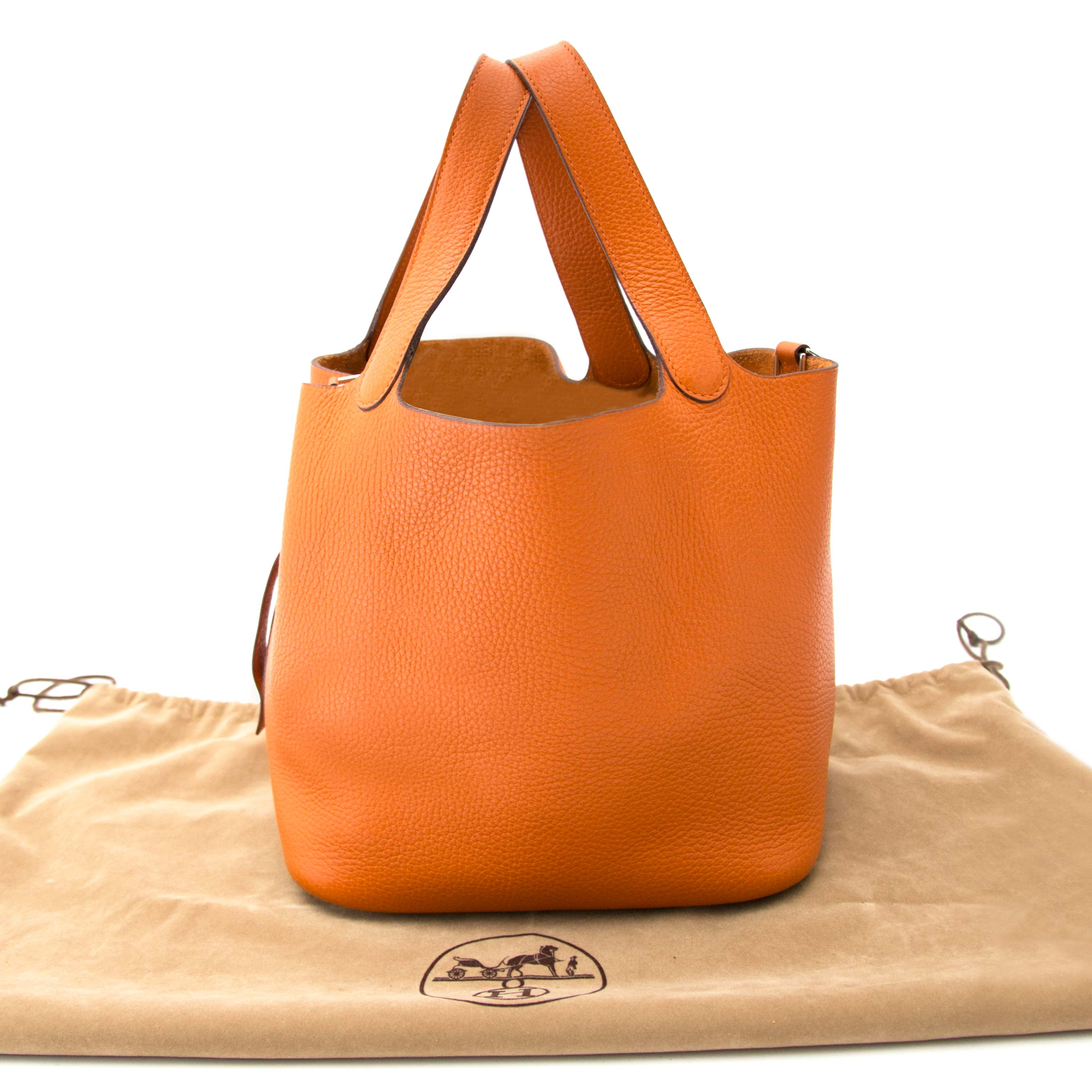 16043d139f ... best acheter en ligne seconde main sac a main hermes orange togo lock  bag a939a ba358