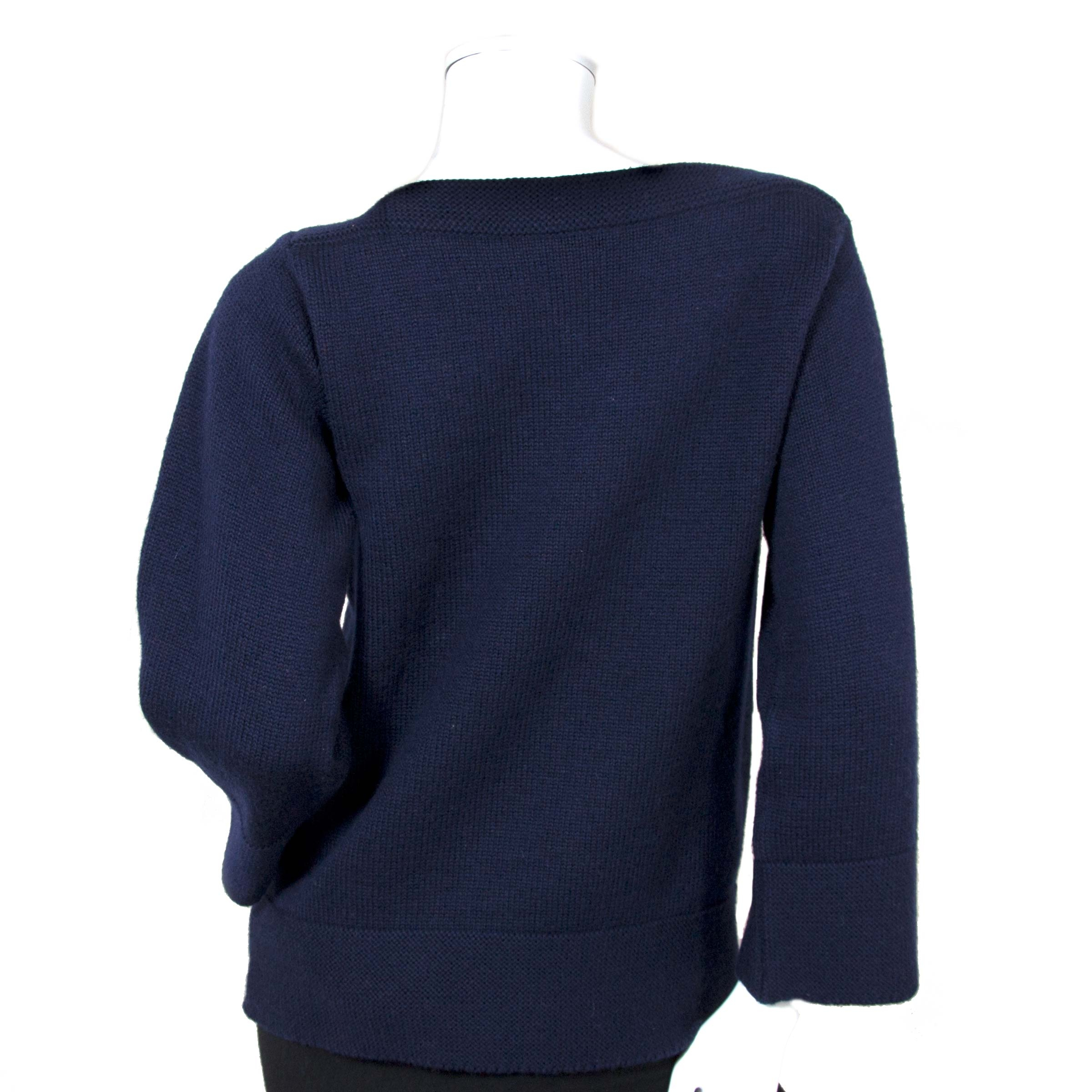 hermès paris navy wool sweater now for sale at labellov vintage fashion webshop belgium