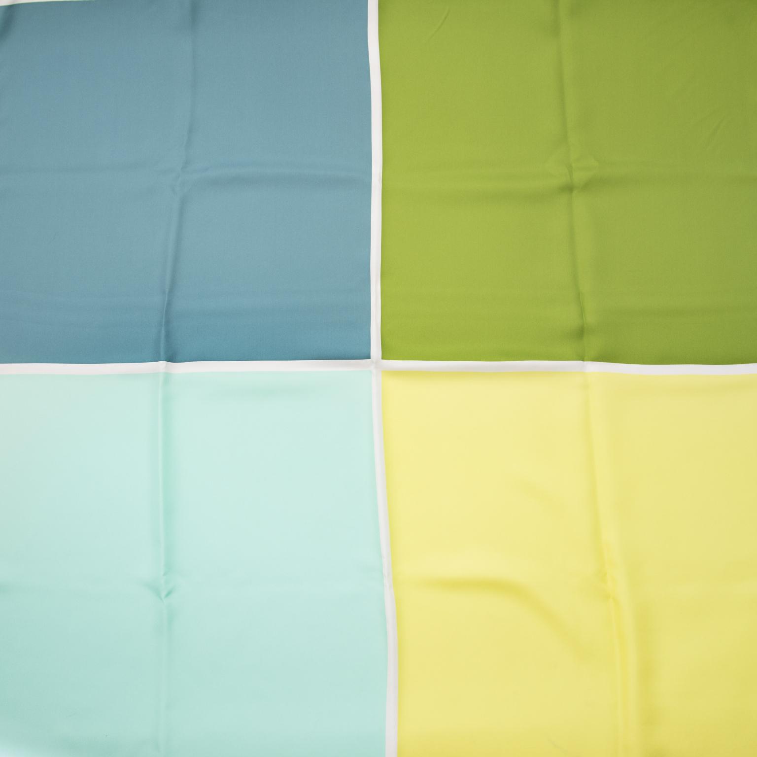 Acheter secure en ligne des Hermes occasion carre foulard en soie 100% authentique