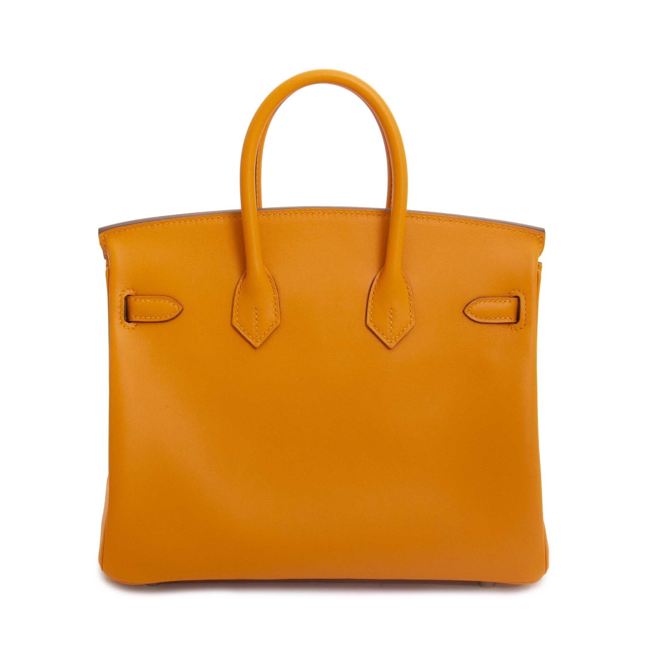 Hermès Birkin 25 Apricot Swift GHW te koop aan de beste prijs bij Labellov tweedehands luxe in Antwerpen