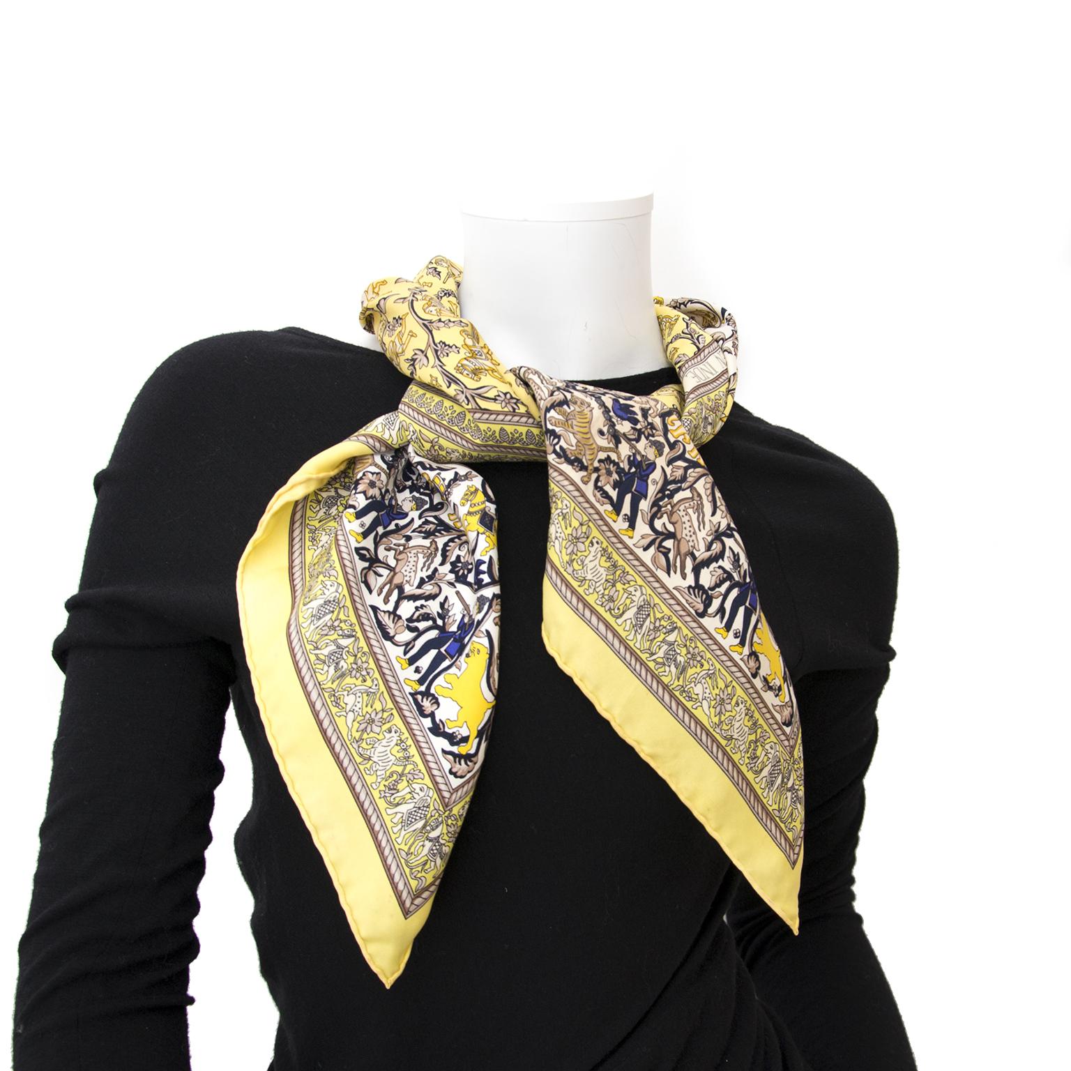 shop safe onlne second hand Hermès carré de soie