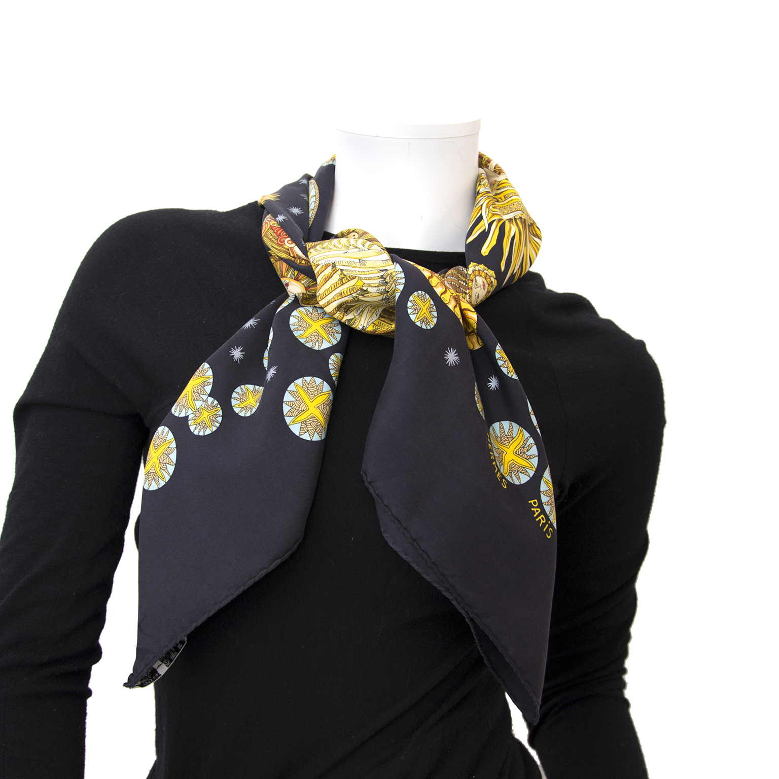 acheter enligne pour le meilleur prix Hermès carré de soie