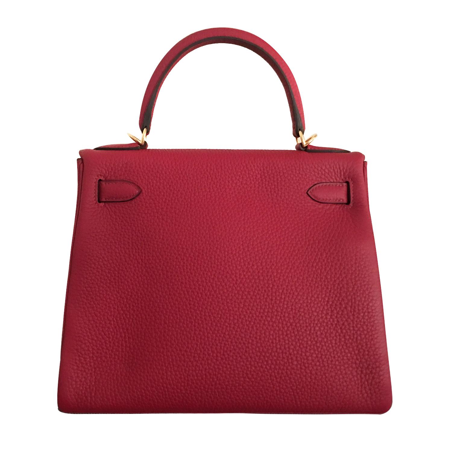 Acheter secur en ligne votre sac Hermès pour le meilleur prix. Hermes Kelly 28 Rouge Grenat en cuir Tourion Clemence