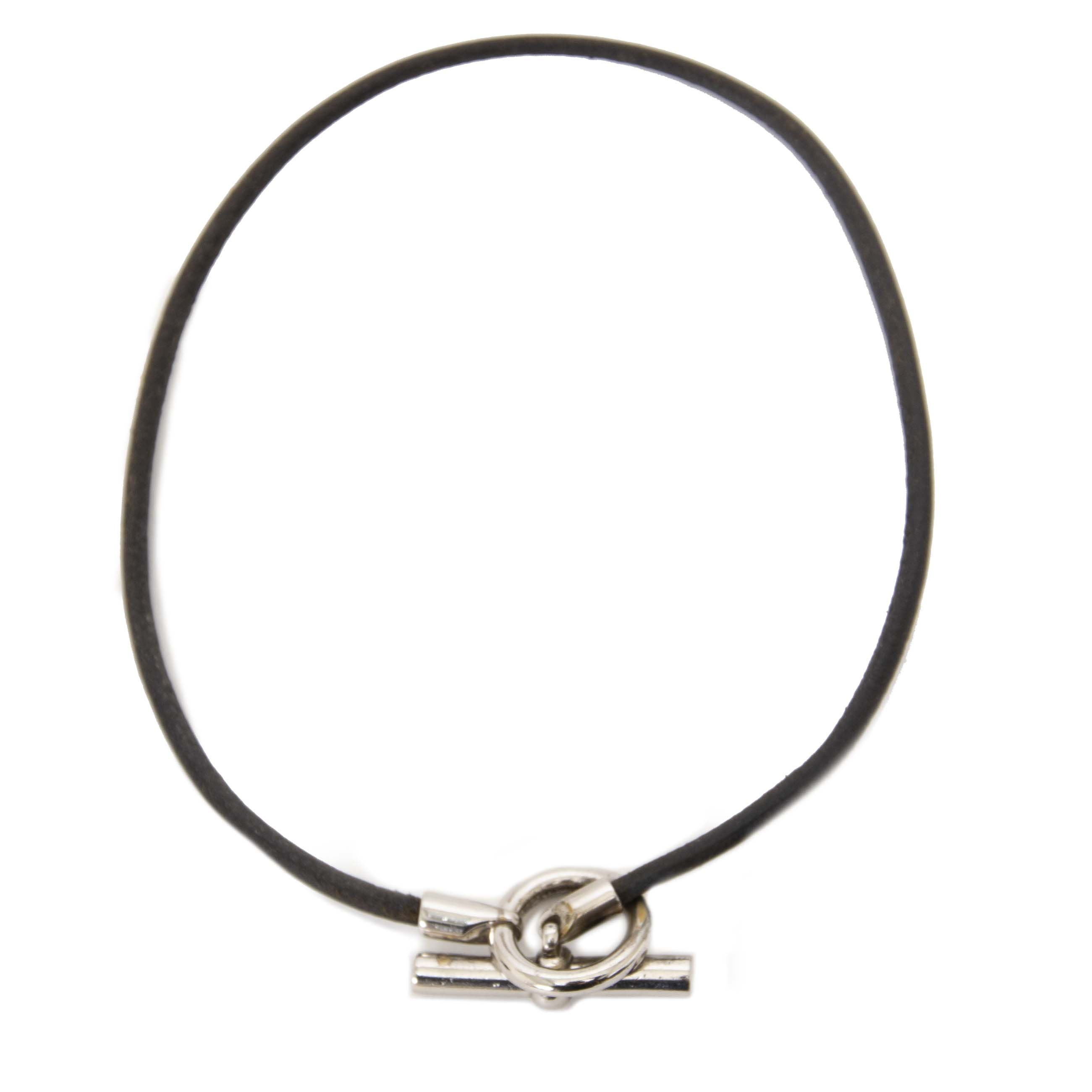 We buy and sell your authentic designer Hermès Glenan Leather Cord Necklace