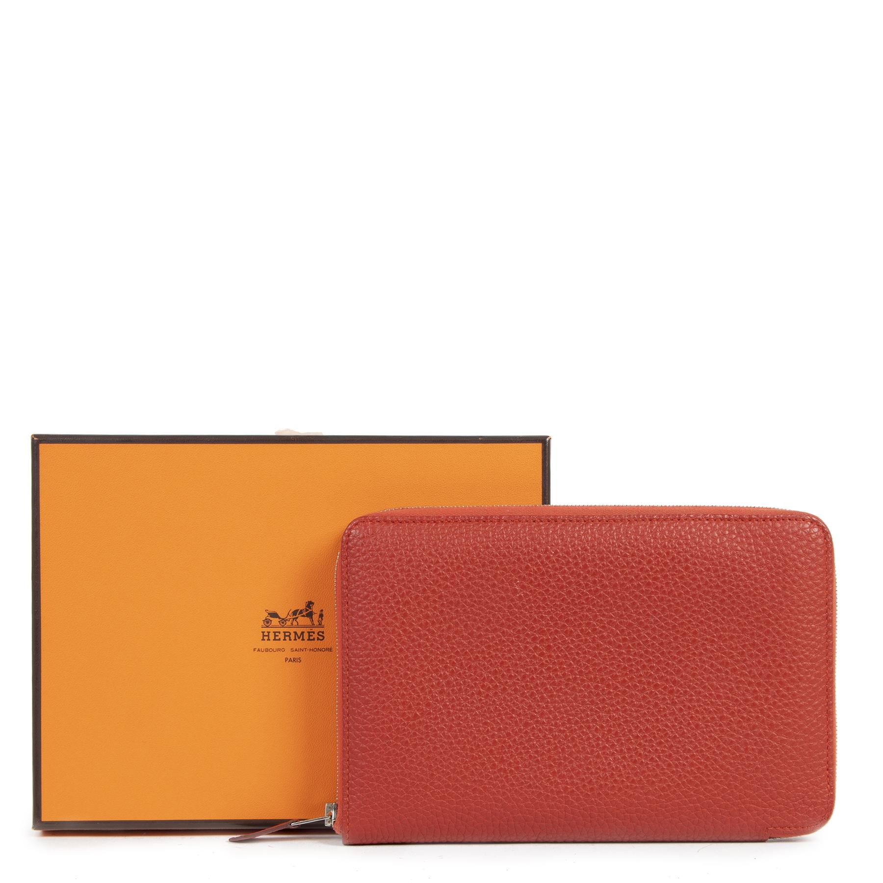 koop online tegen de beste prijs Hermes Vermillon Azap Classique Wallet