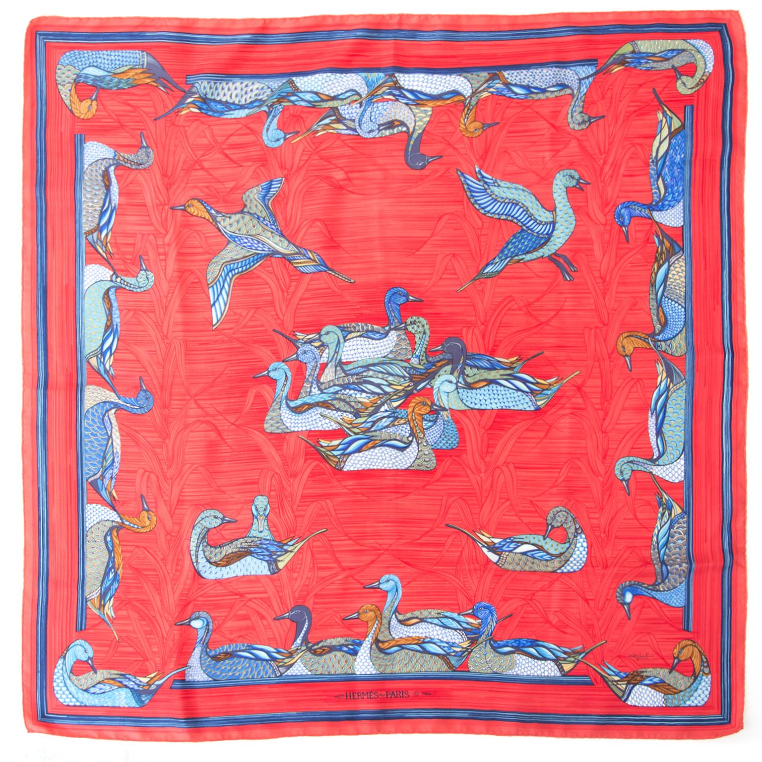 Acheter Hermès foulard en ligne au LabelLOV. De façon sécurisée. Vintage, mode. Anvers, Belgique.