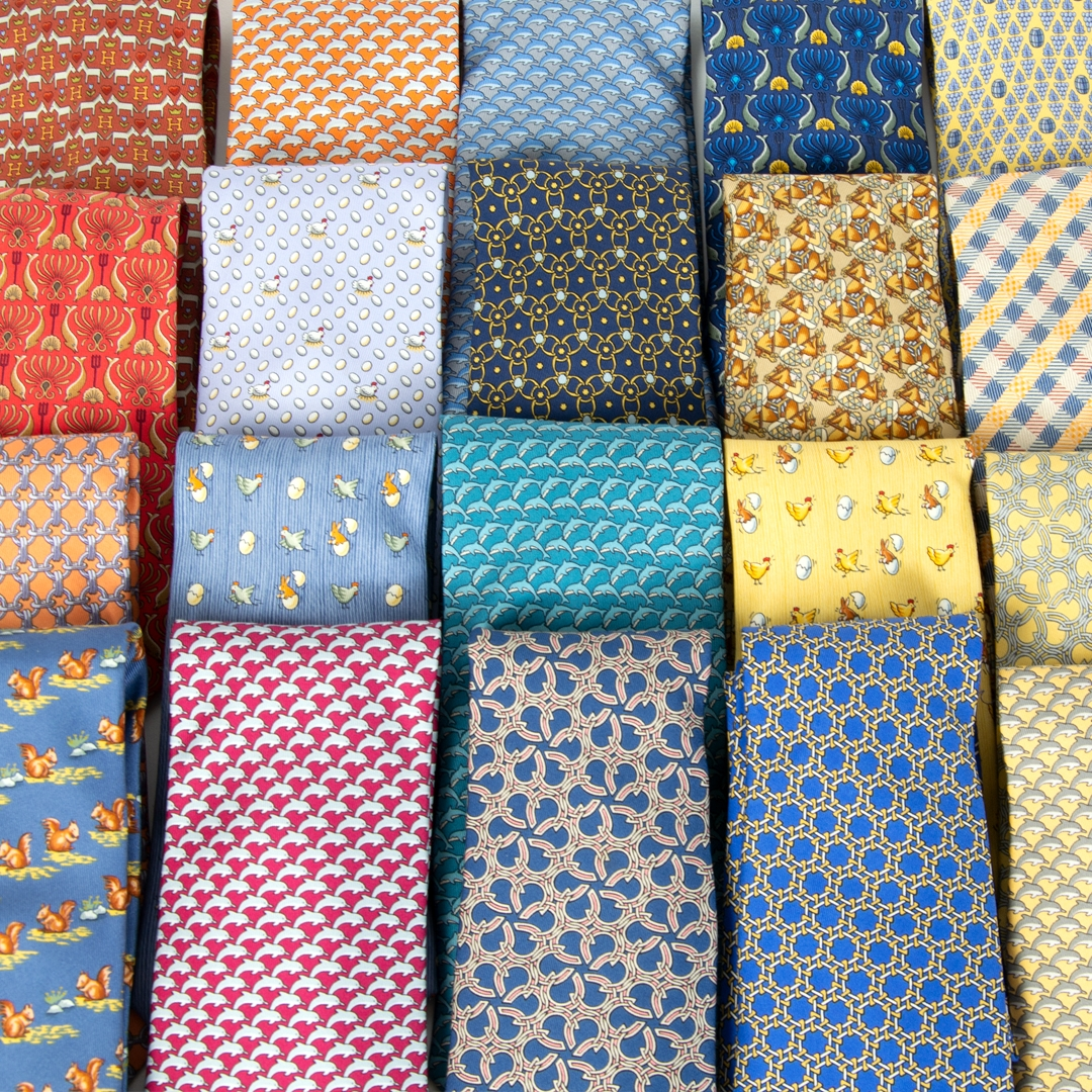 Hermès Set of 22 Multicolor Silk Ties