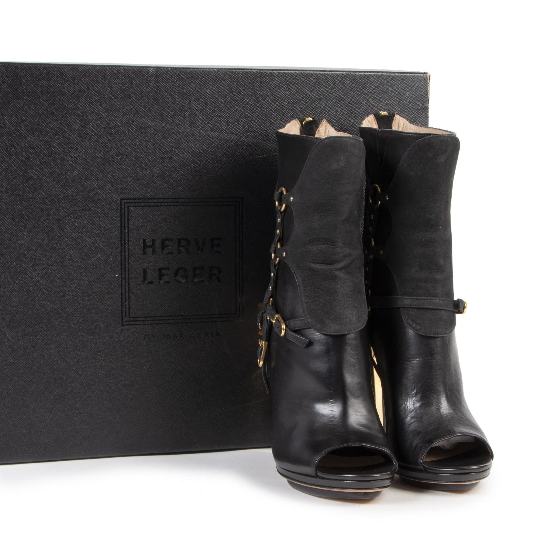 Herve Leger Black Alyn Day Boots pour le meilleur prix chez Labellov à Anvers