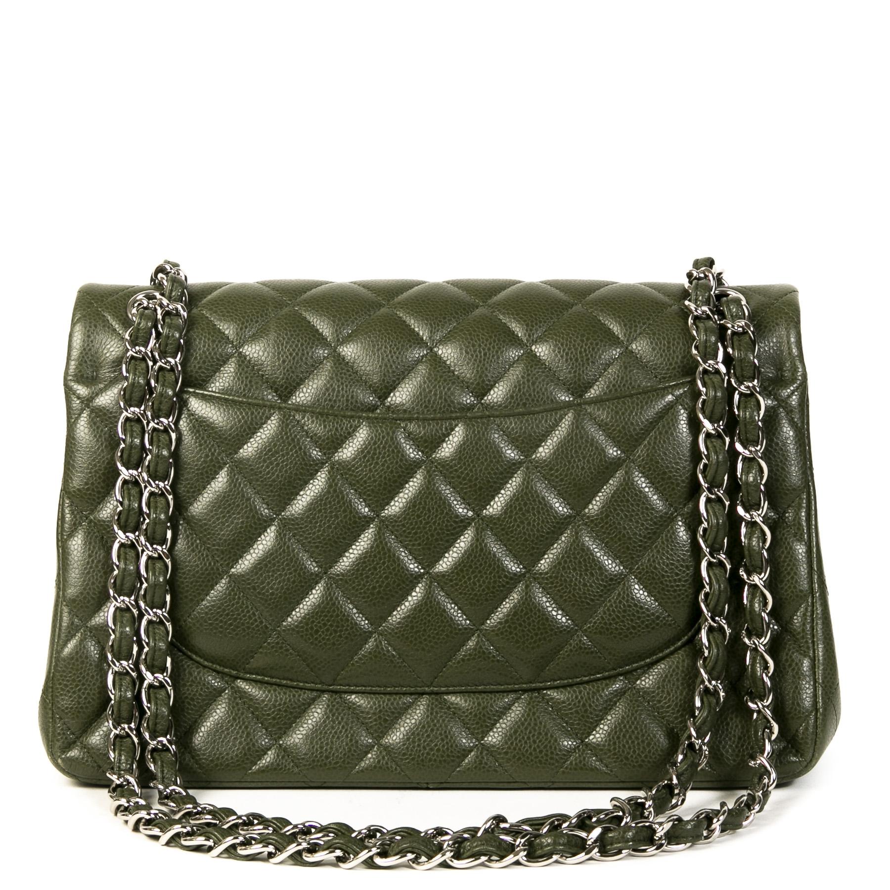 Authentieke Tweedehands Chanel Olive Green Jumbo Classic Double Flap Bag juiste prijs veilig online shoppen luxe merken webshop winkelen Antwerpen België mode fashion
