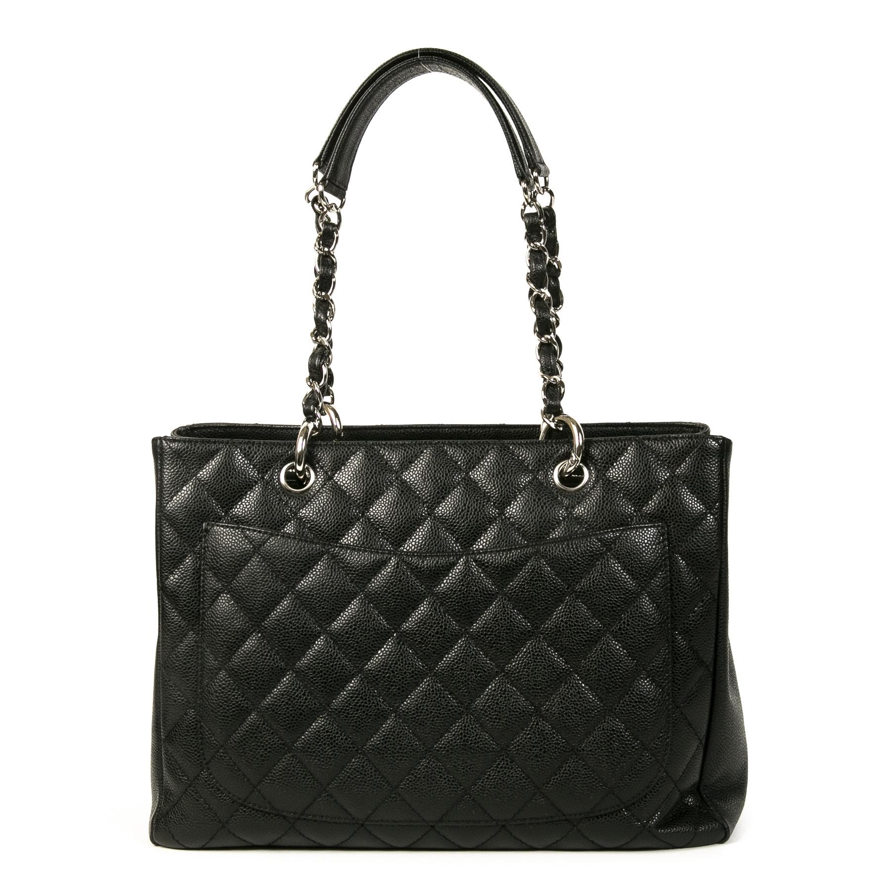 Authentieke Tweedehands Chanel Black Quilted Caviar Shopper juiste prijs veilig online shoppen luxe merken webshop winkelen Antwerpen België mode fashion