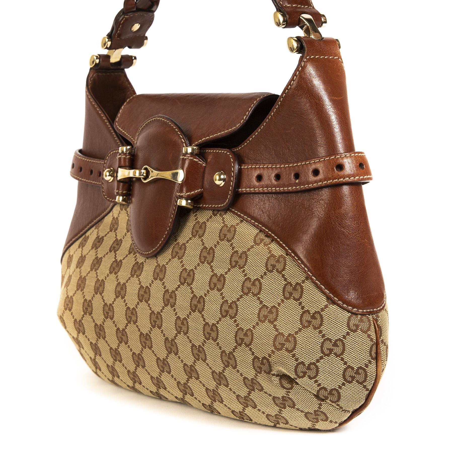 e796ac9f6930fe ... Delvaux Desert Brown Shoulder Bag veilig online tegen de beste prijs  Delvaux Desert Brown Shoulder Bag · Gucci