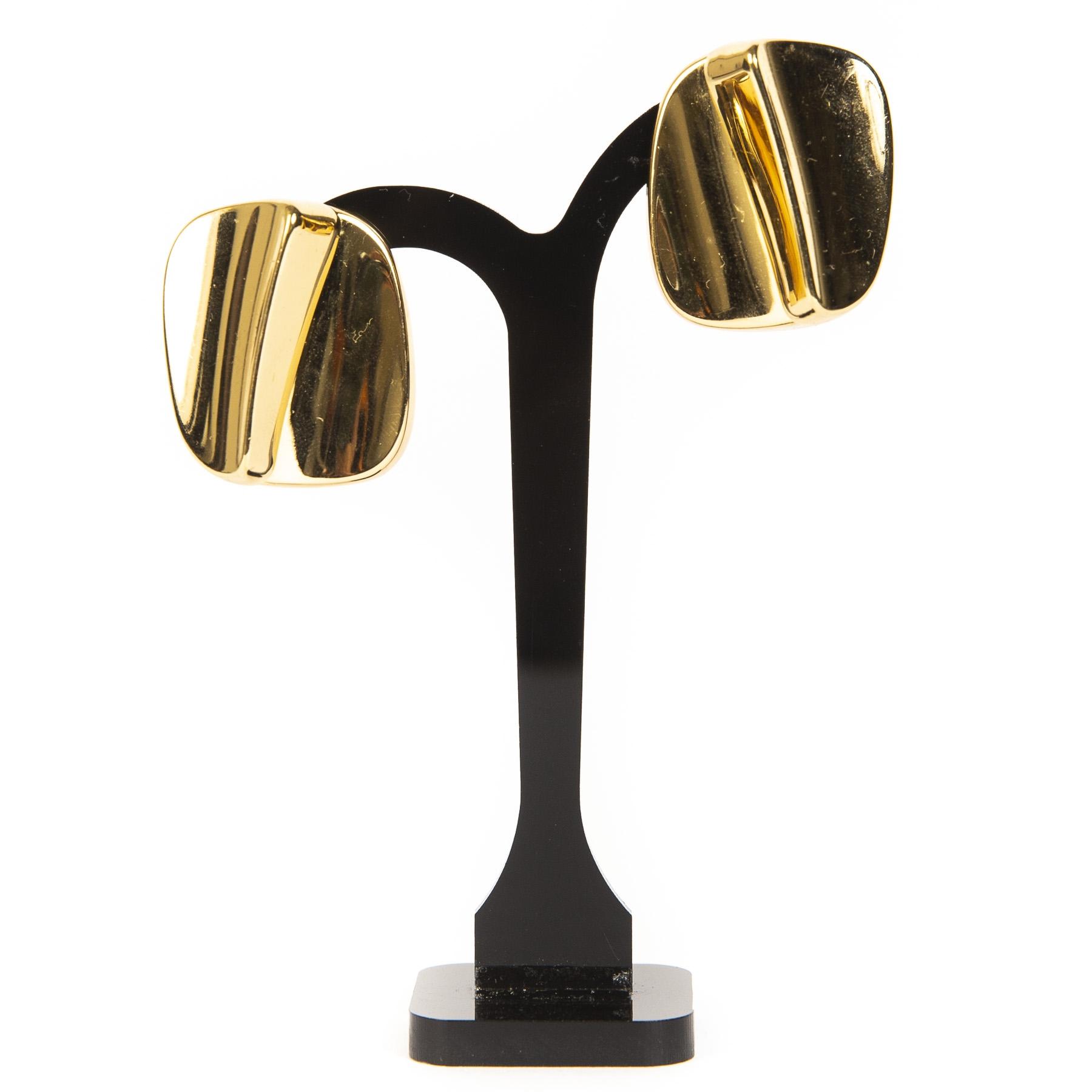 koop online tegen de beste prijs Christian Dior Demi-Hoop Gold Clip Earrings