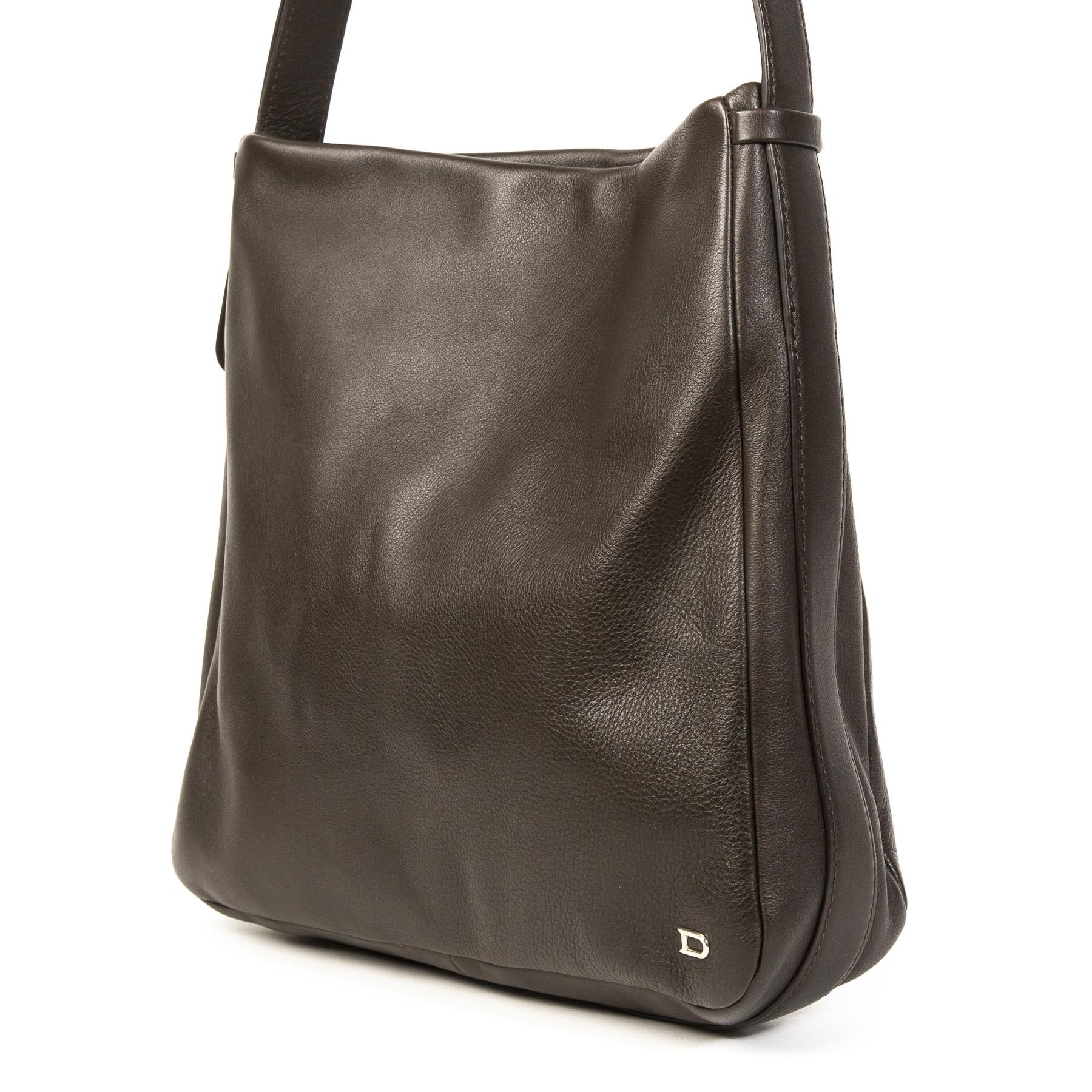 Koop uw authentieke designer handtassen aan de beste prijs bij Labellov tweedehands luxe